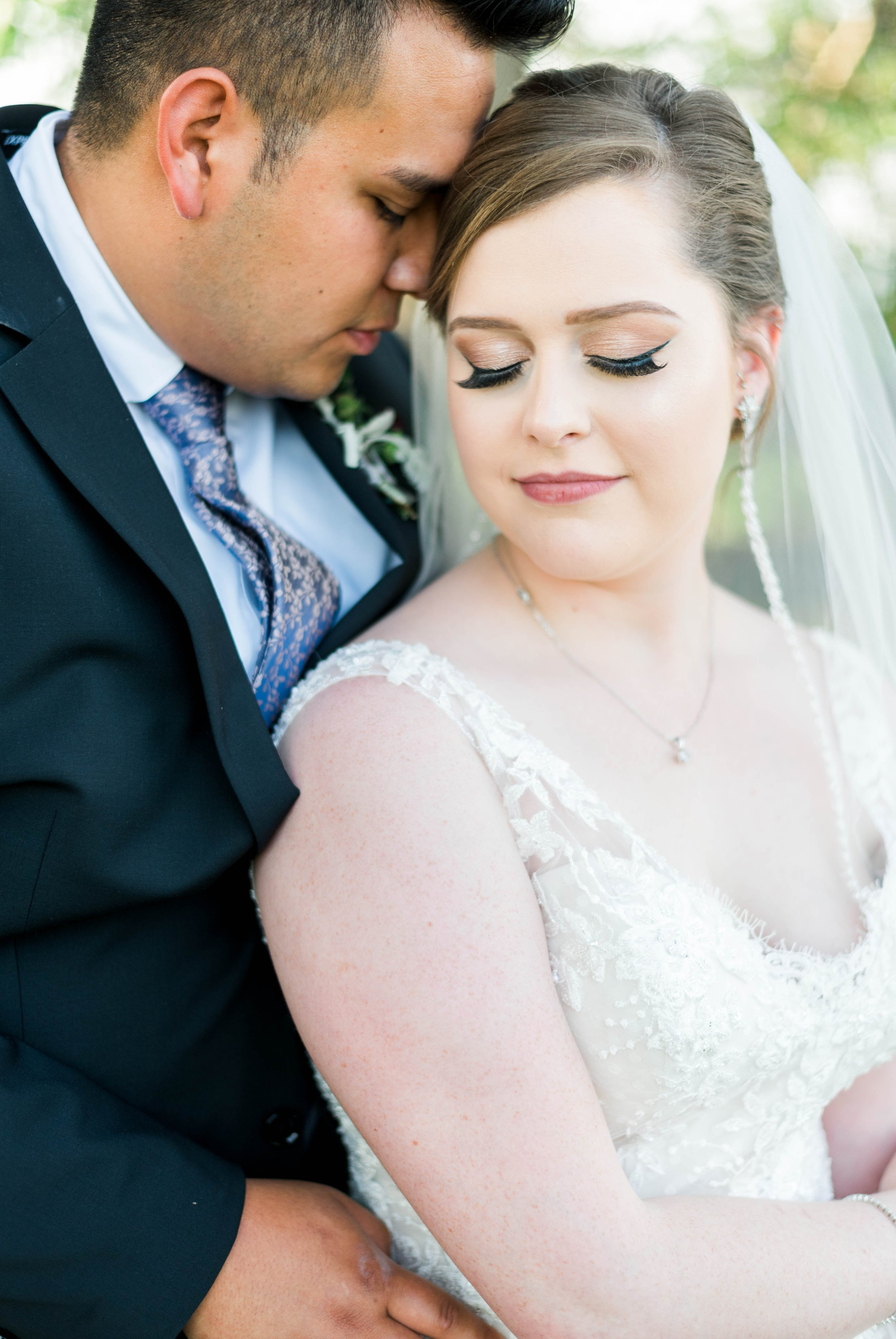 Jillian+Abi_OakridgeEstate_Wedding_VirginiaWeddingPhotographer_SpringWedding 34.jpg