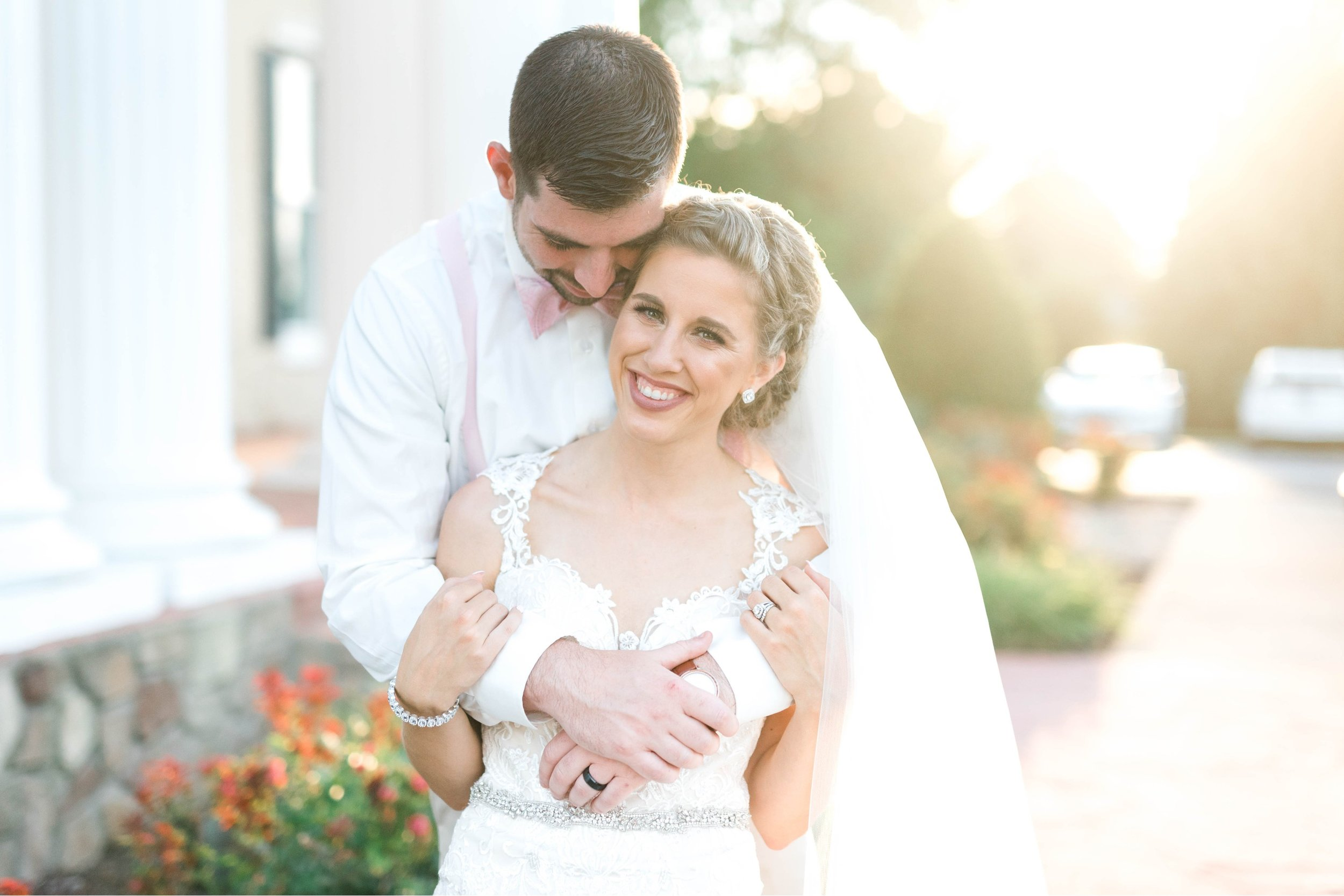 BedfordColumns_EntwinedEvents_Lynchburgwedding_VIrginiaweddingphotographer_ALlisonNIck 22.jpg