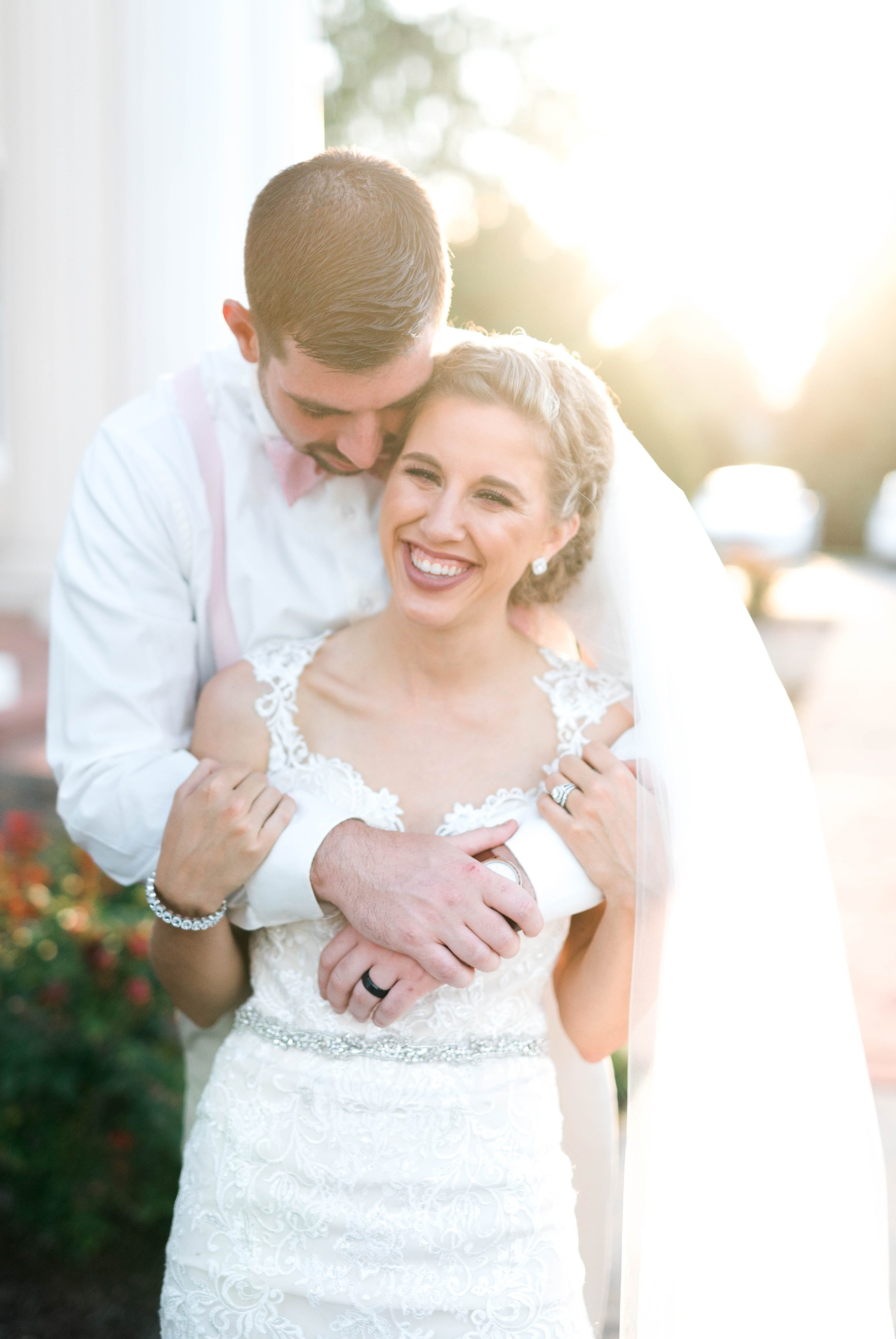 BedfordColumns_EntwinedEvents_Lynchburgwedding_VIrginiaweddingphotographer_ALlisonNIck 23.jpg