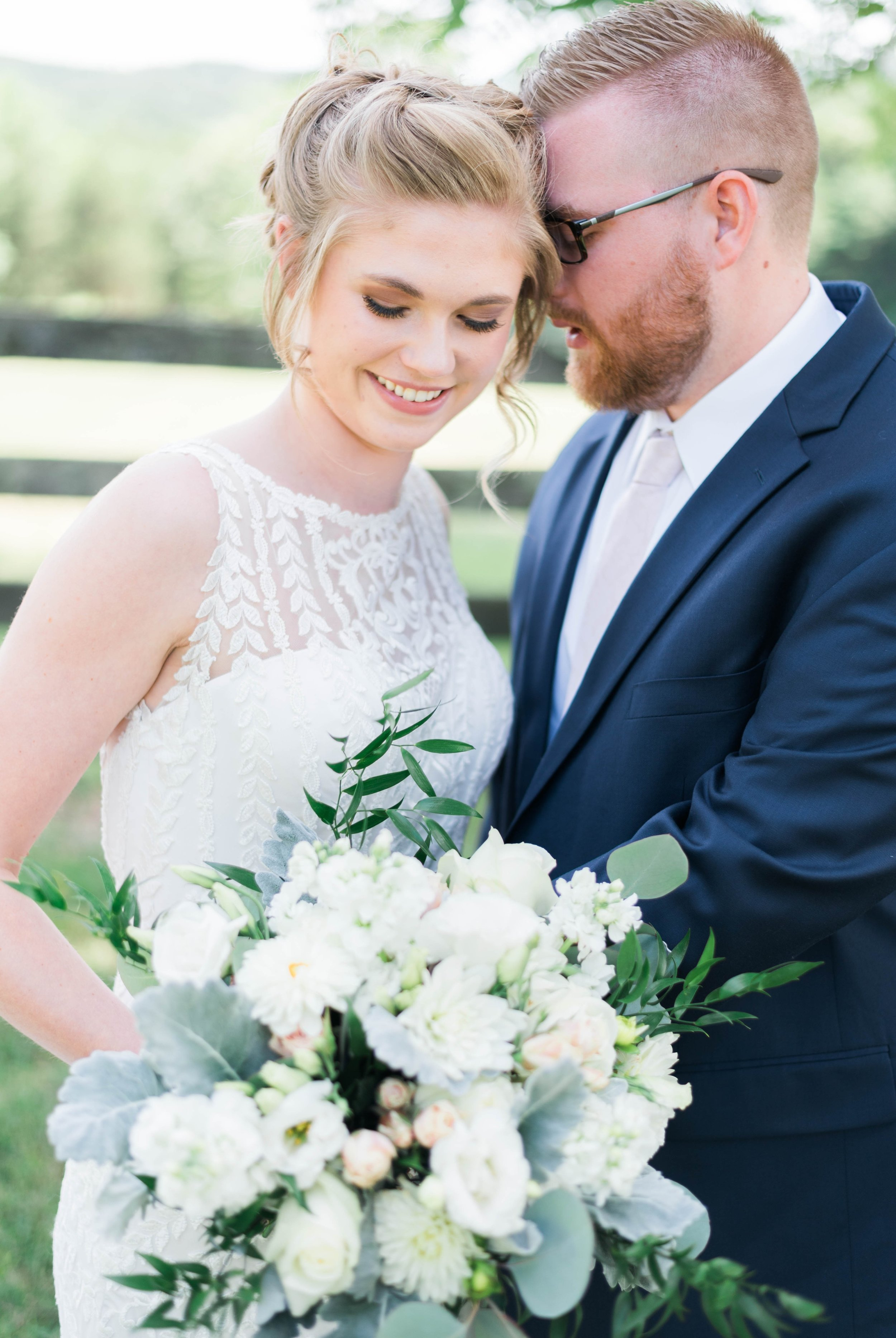 SorellaFarms_VirginiaWeddingPhotographer_BarnWedding_Lynchburgweddingphotographer_DanielleTyler 44.jpg