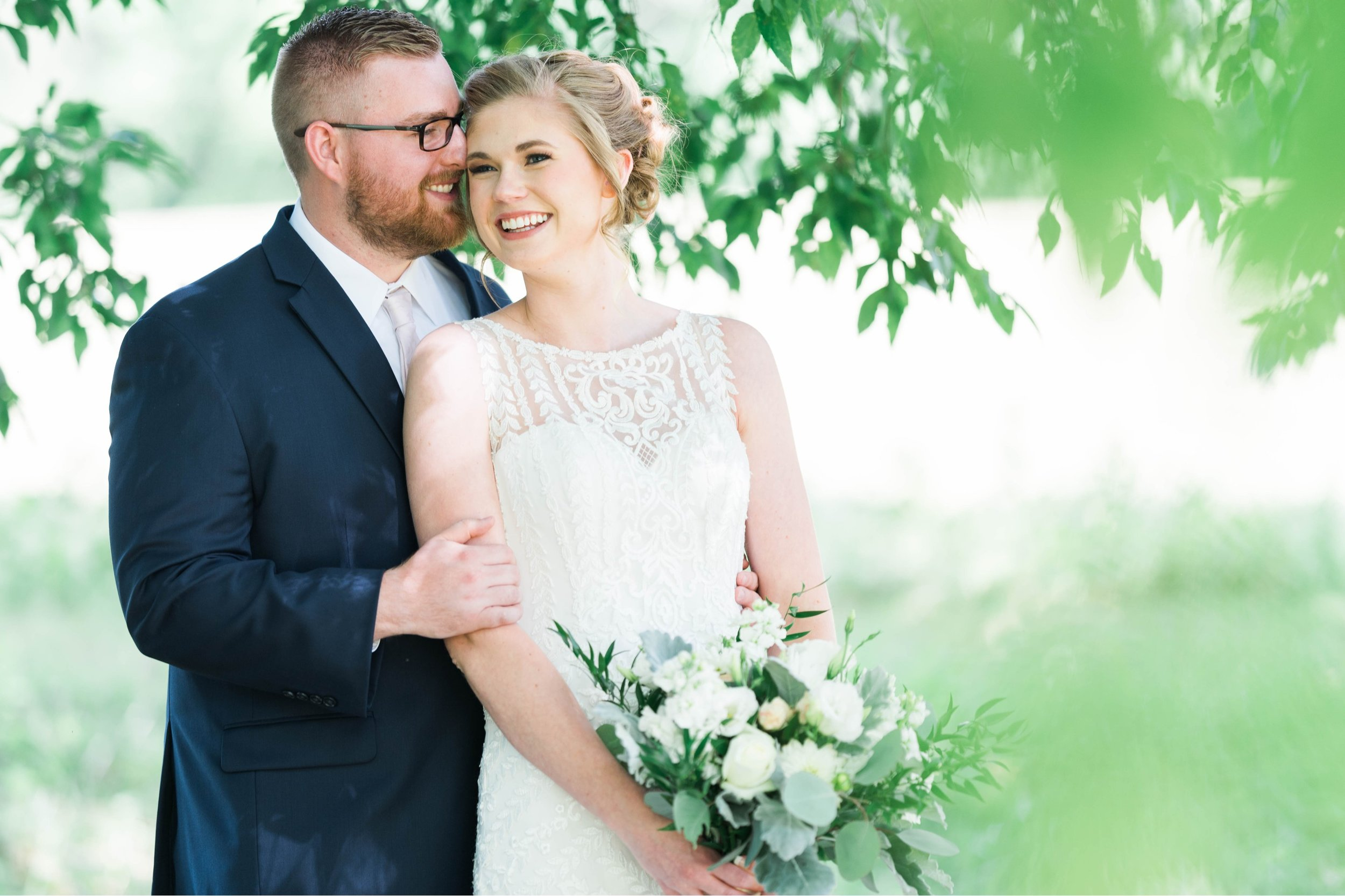 SorellaFarms_VirginiaWeddingPhotographer_BarnWedding_Lynchburgweddingphotographer_DanielleTyler 48.jpg