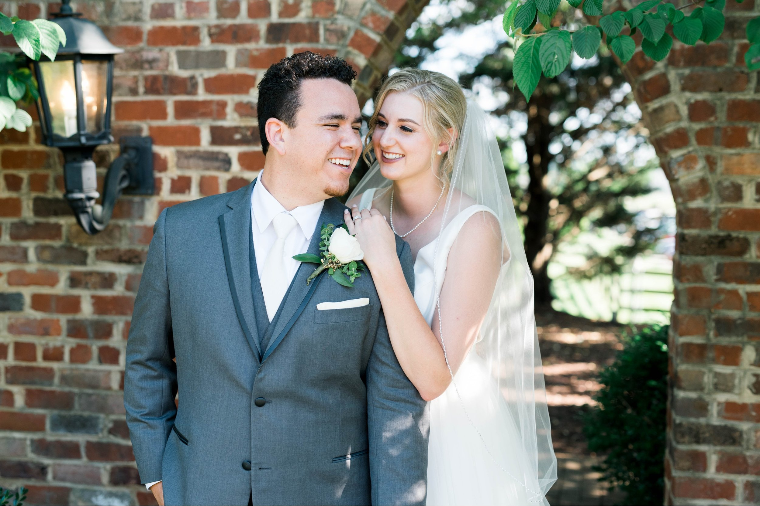 westmanorestate_entwinedevents_lynchburgweddingphotographer_Virginiaweddingphotographer_kateyam 42.jpg