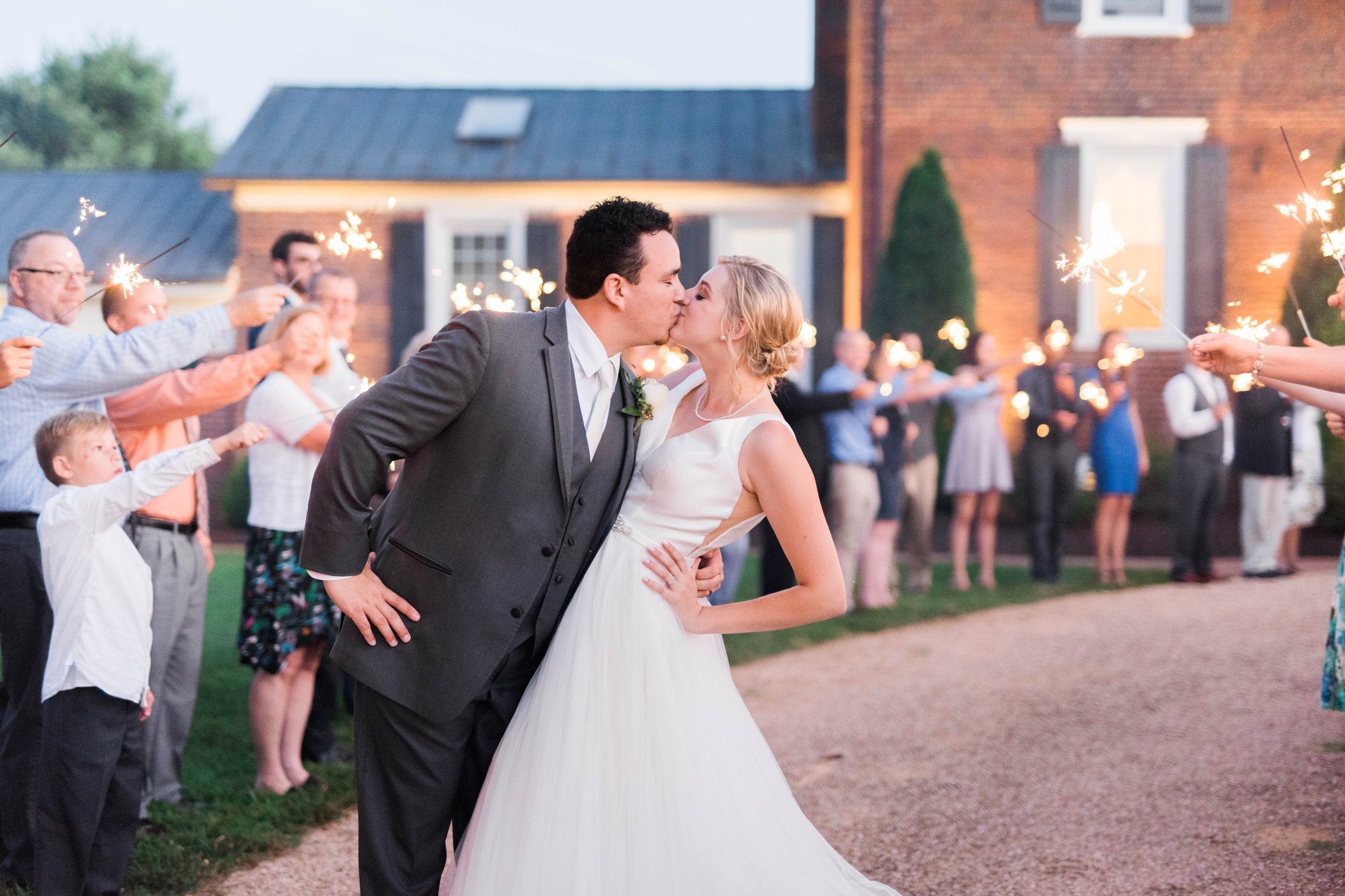 westmanorestate_entwinedevents_lynchburgweddingphotographer_Virginiaweddingphotographer_kateyam 18.jpg