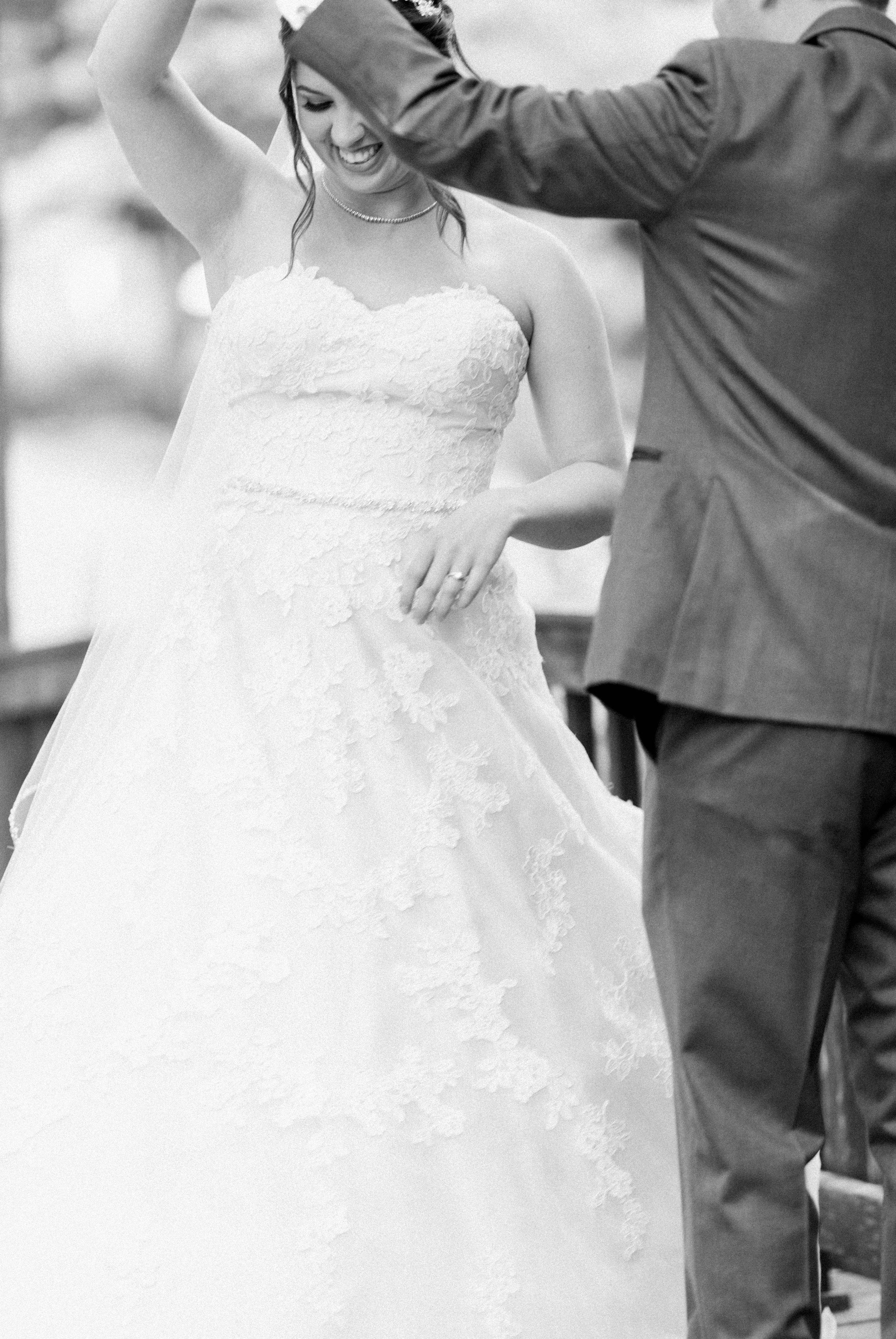 TheAtriumatMeadowlark_Virginiawedding photographer_lynchburgweddingphotographer_DCweddingPhotographer_KristinAaron 35.jpg