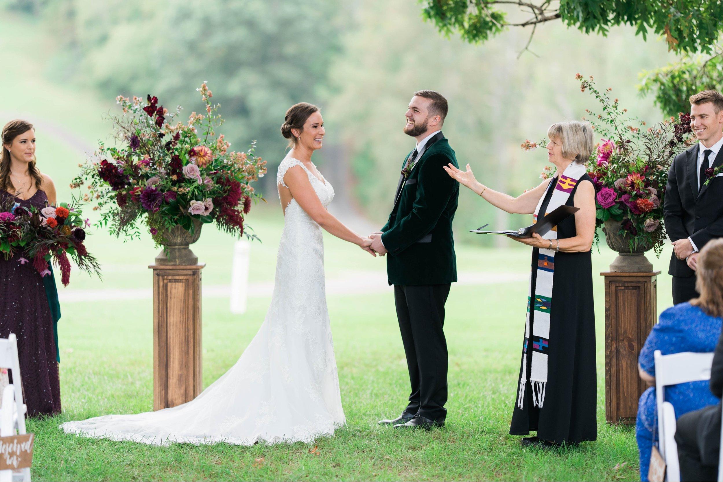 Gordan+Lauren_BoonsboroCountryClubWedding_Virginiaweddingphotographer_LynchburgVi 6.jpg