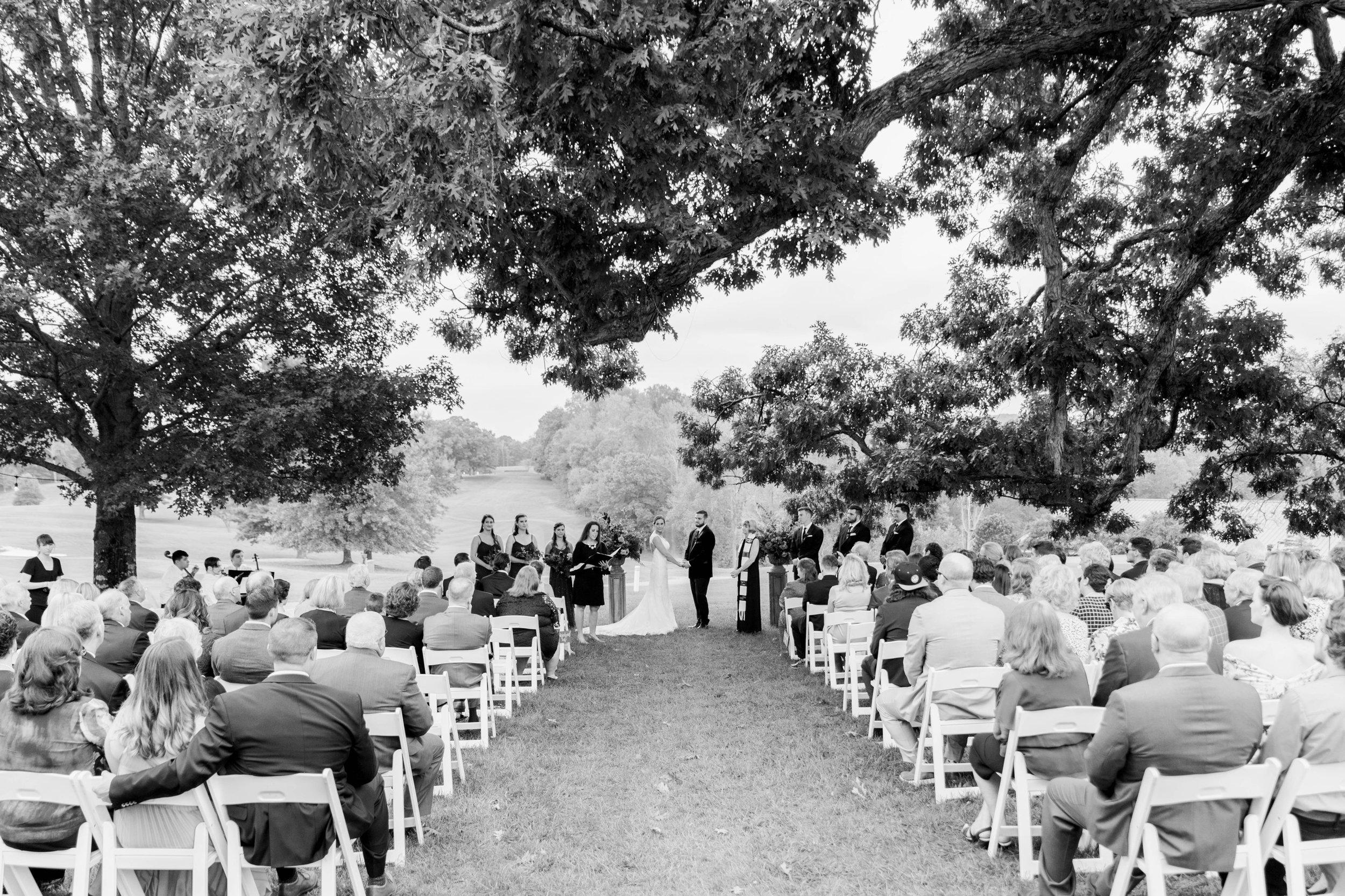 Gordan+Lauren_BoonsboroCountryClubWedding_Virginiaweddingphotographer_LynchburgVi 5.jpg