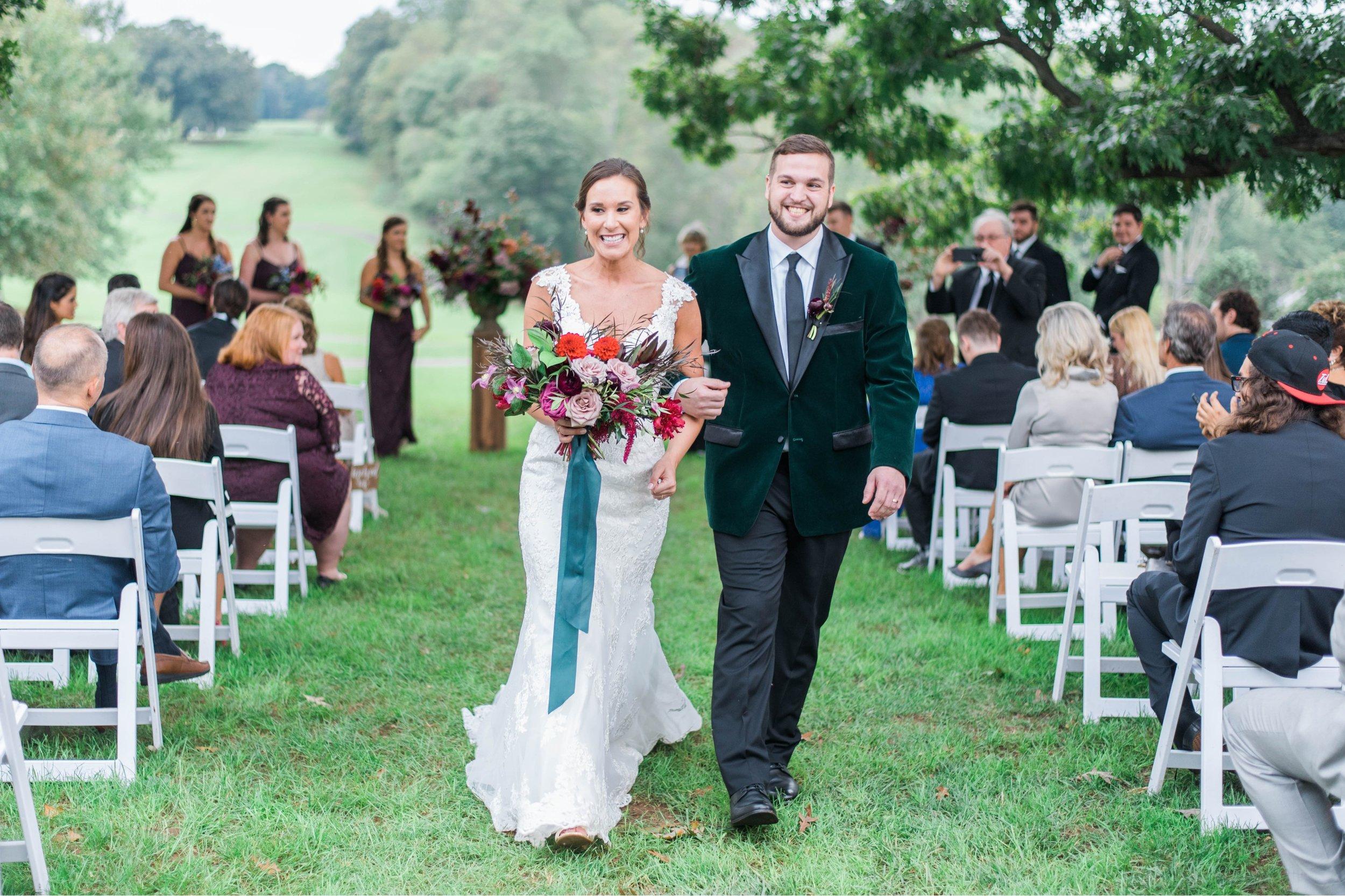 Gordan+Lauren_BoonsboroCountryClubWedding_Virginiaweddingphotographer_LynchburgVi 12.jpg