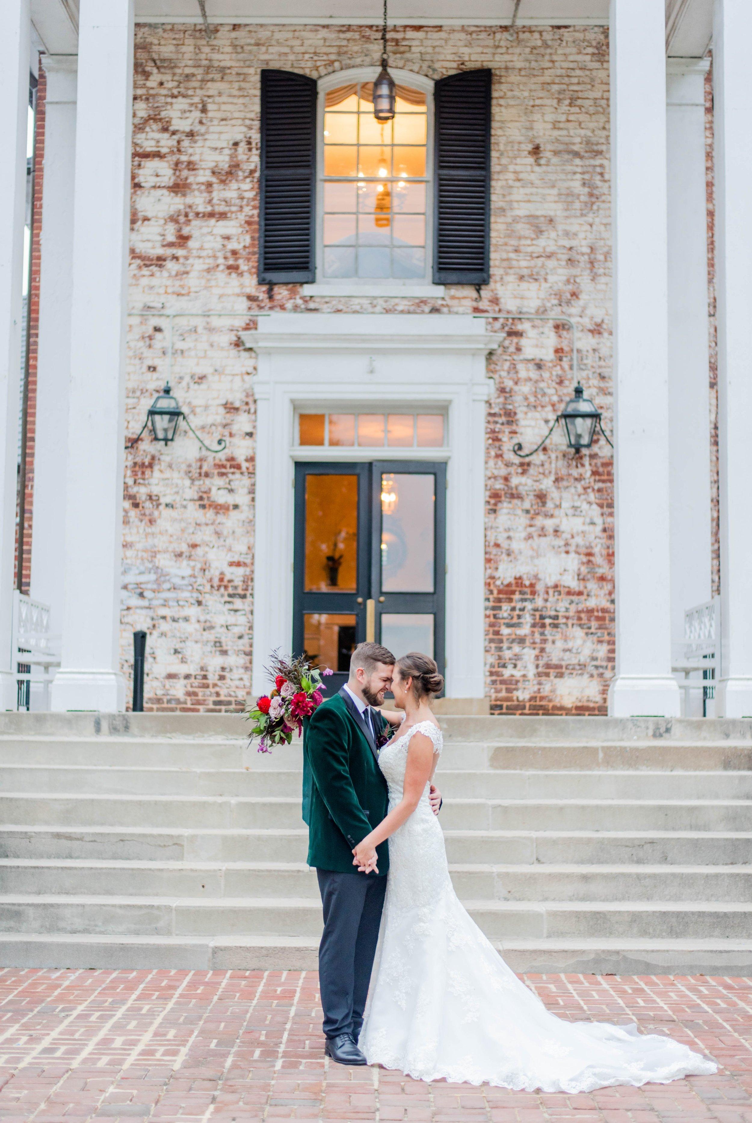 Gordan+Lauren_BoonsboroCountryClubWedding_Virginiaweddingphotographer_LynchburgVi 40.jpg