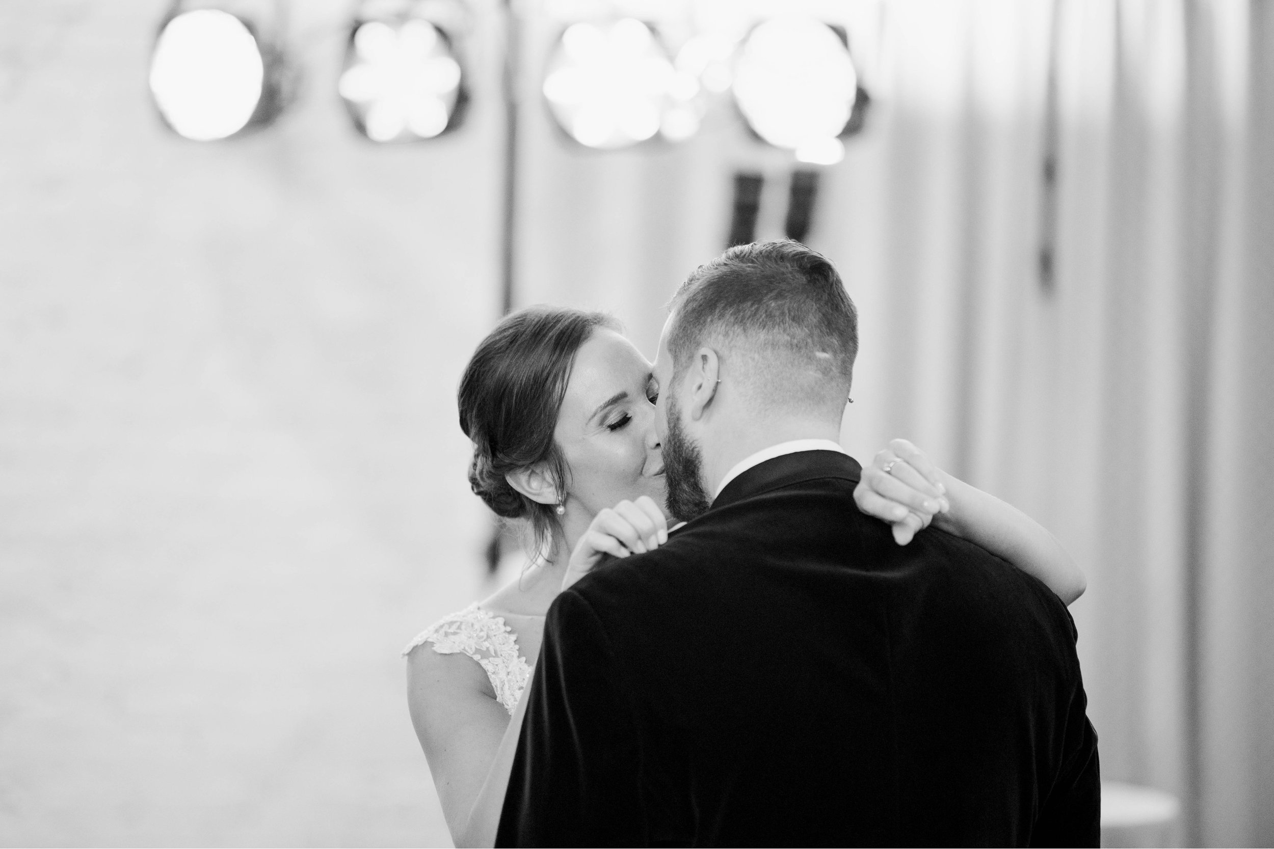 Gordan+Lauren_BoonsboroCountryClubWedding_Virginiaweddingphotographer_LynchburgVi 46.jpg