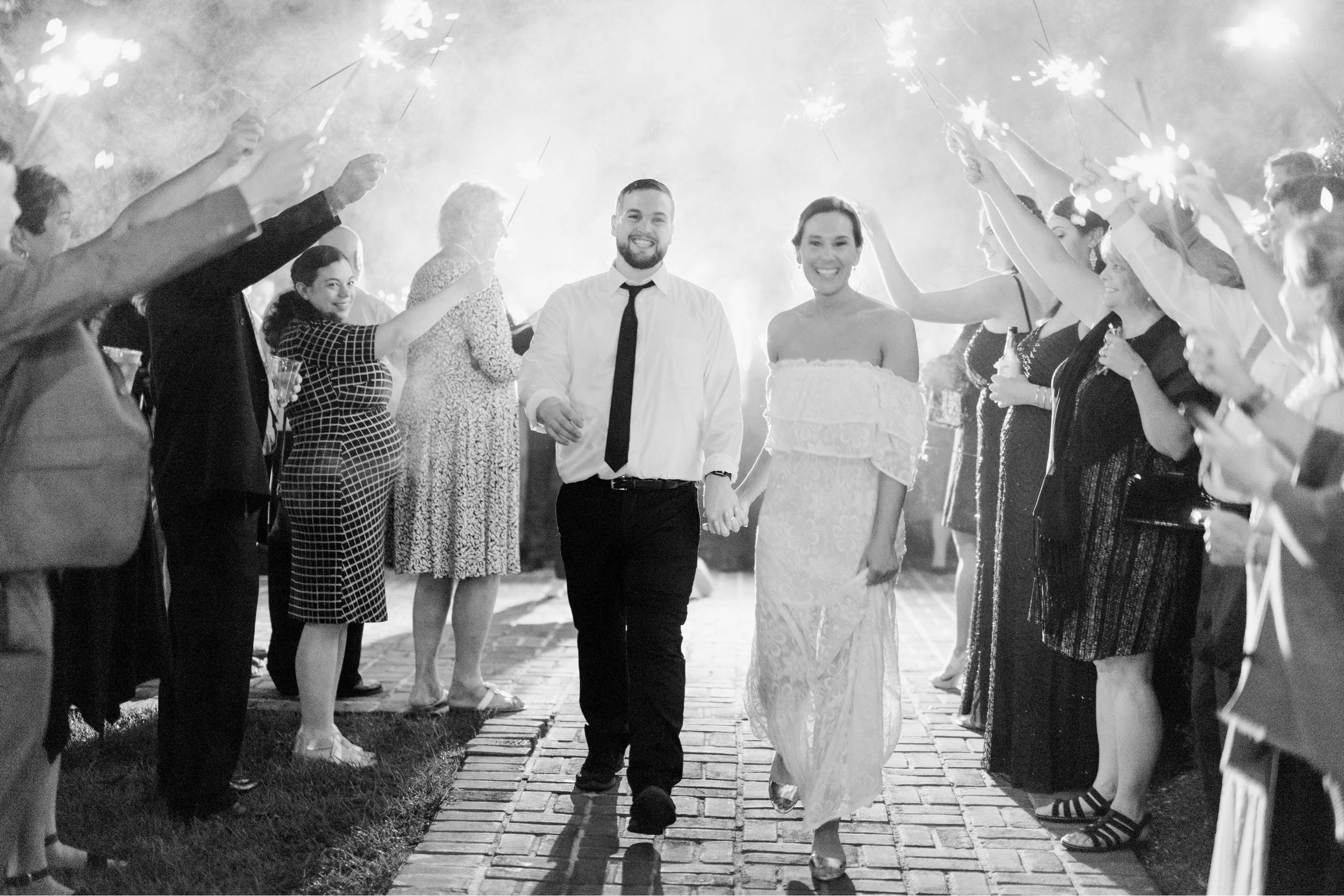 Gordan+Lauren_BoonsboroCountryClubWedding_Virginiaweddingphotographer_LynchburgVi 6.jpg
