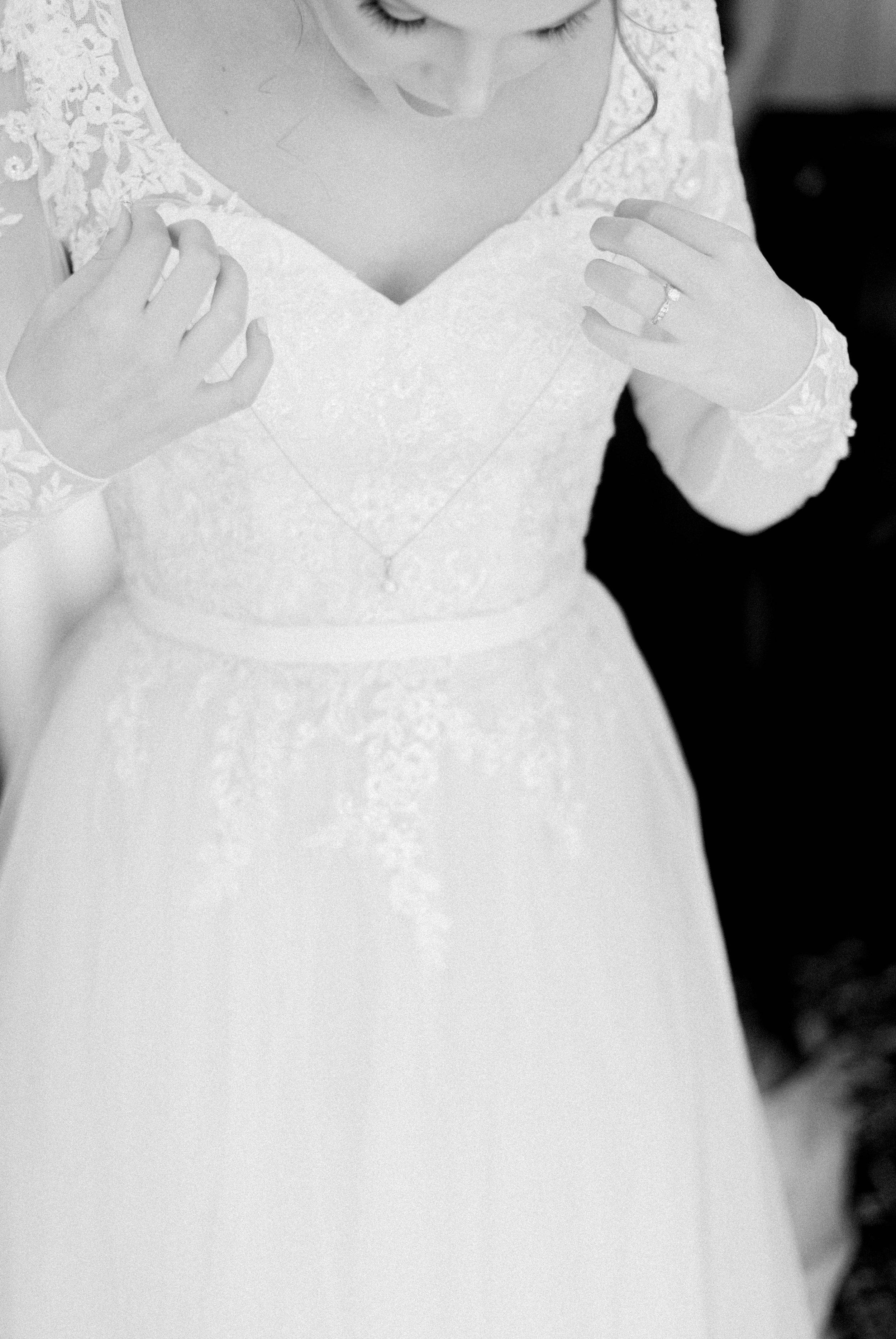GrantElizabeth_wineryatbullrun_DCwedding_Virginiaweddingphotographer 11.jpg