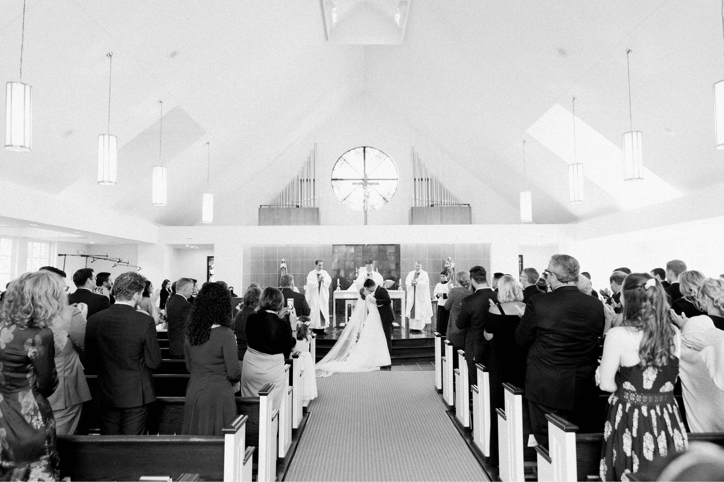 GrantElizabeth_wineryatbullrun_DCwedding_Virginiaweddingphotographer 37.jpg
