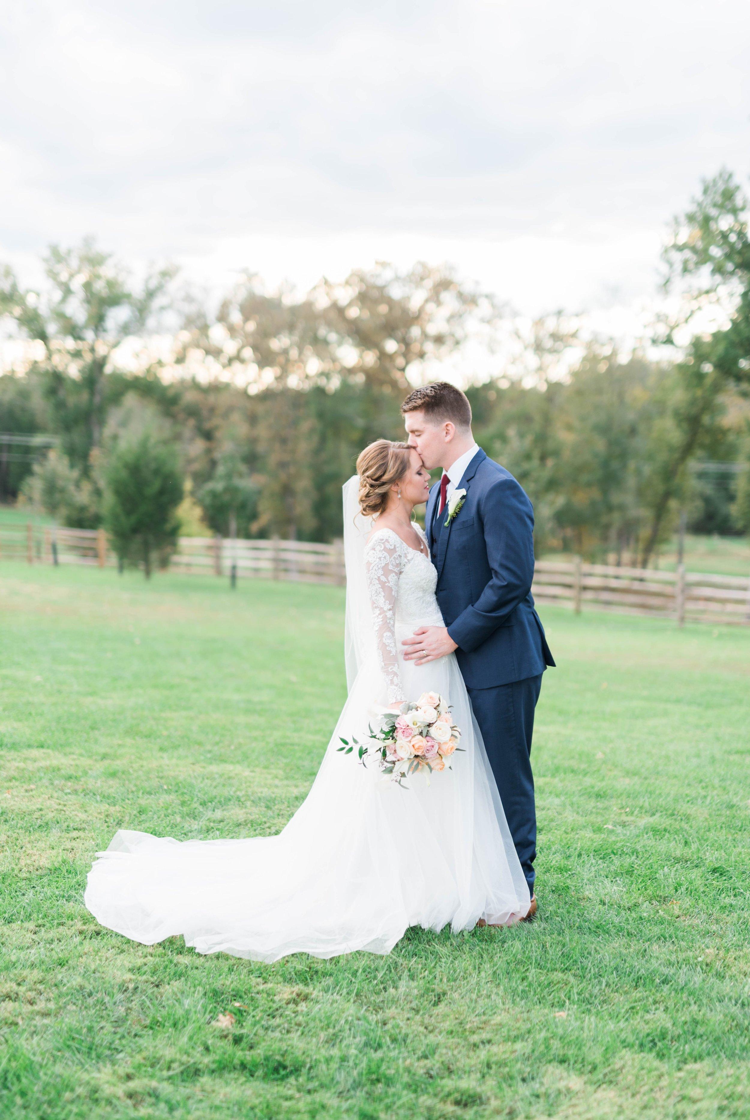 GrantElizabeth_wineryatbullrun_DCwedding_Virginiaweddingphotographer 10.jpg