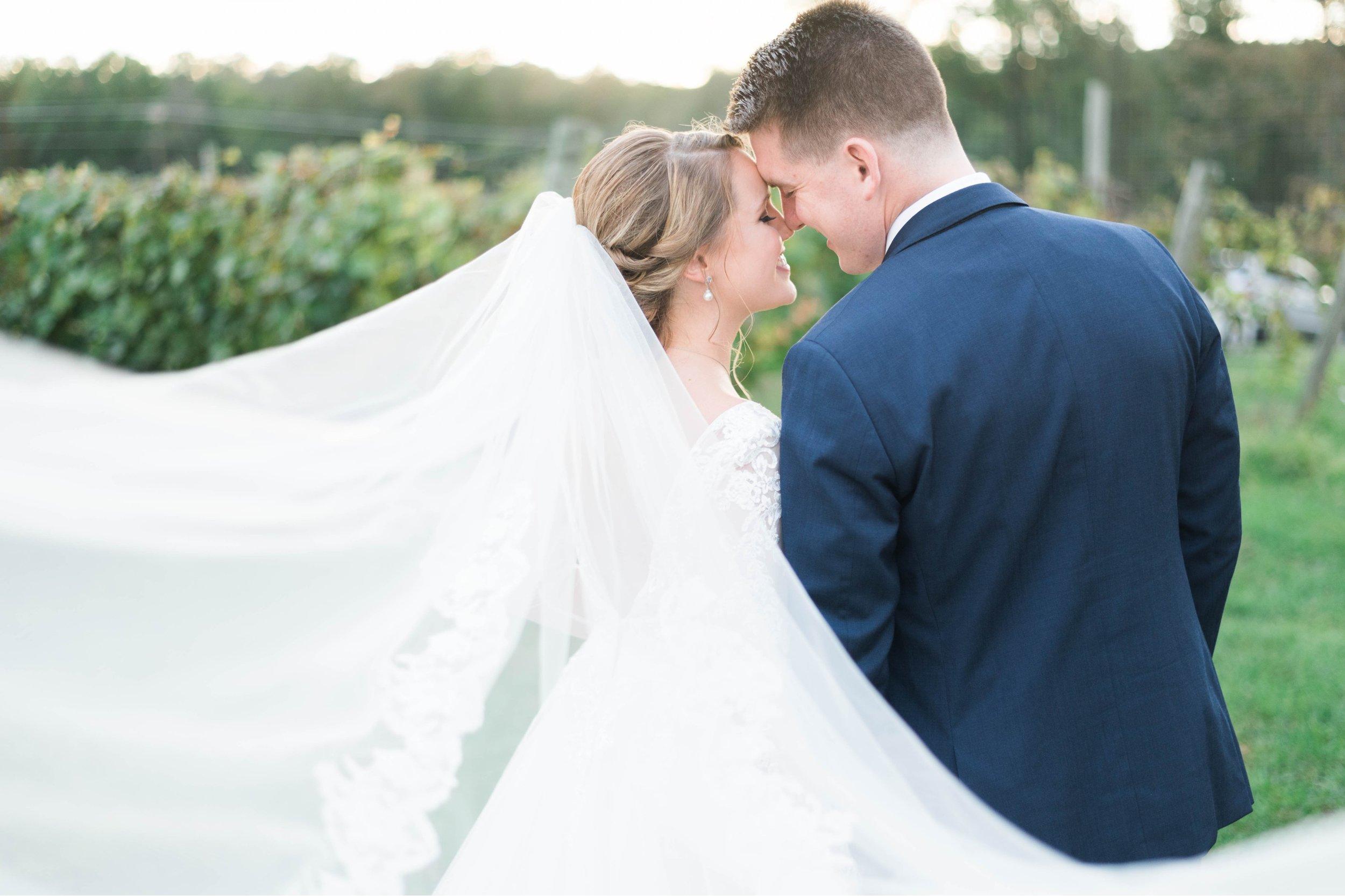 GrantElizabeth_wineryatbullrun_DCwedding_Virginiaweddingphotographer 28.jpg