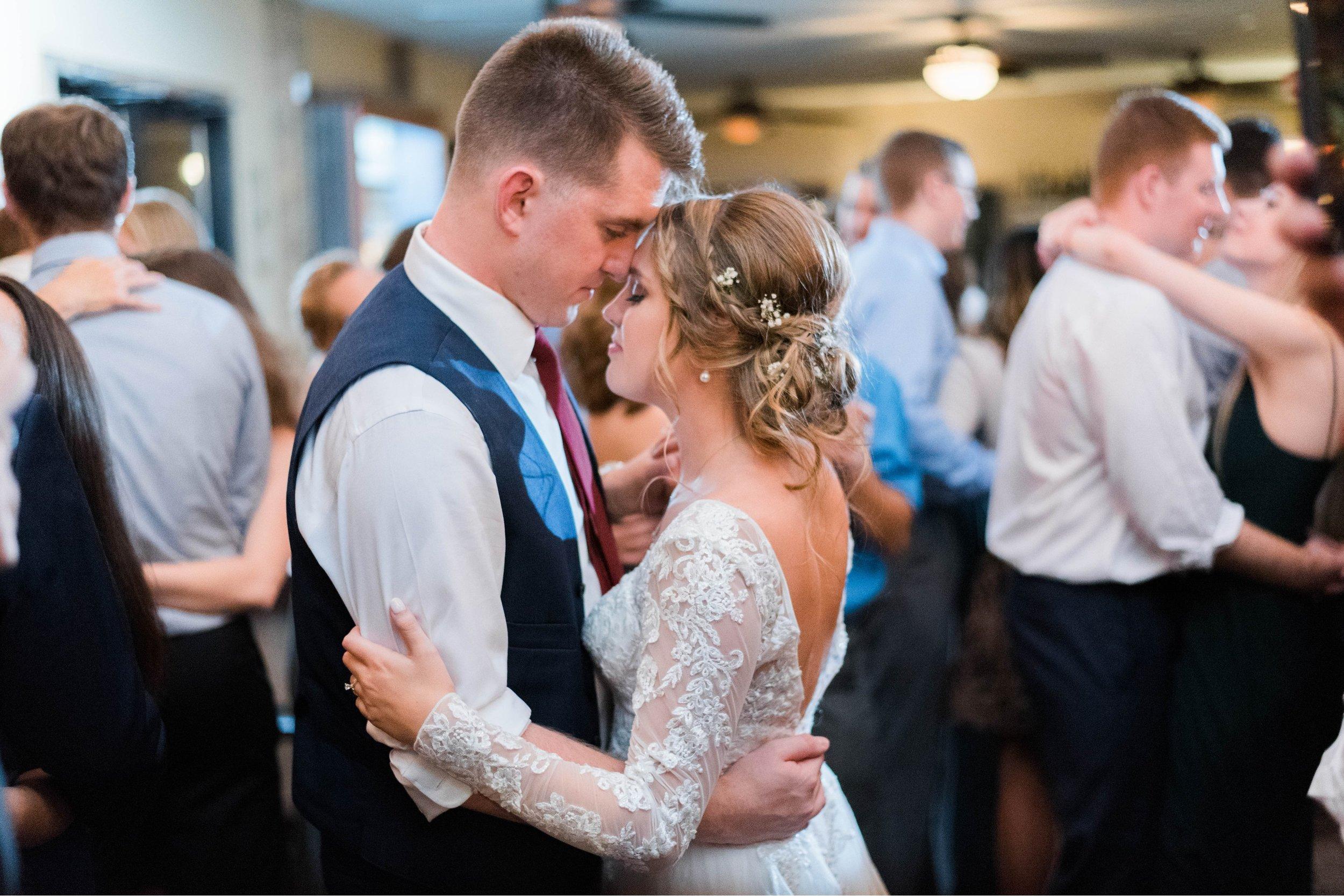 GrantElizabeth_wineryatbullrun_DCwedding_Virginiaweddingphotographer 6.jpg