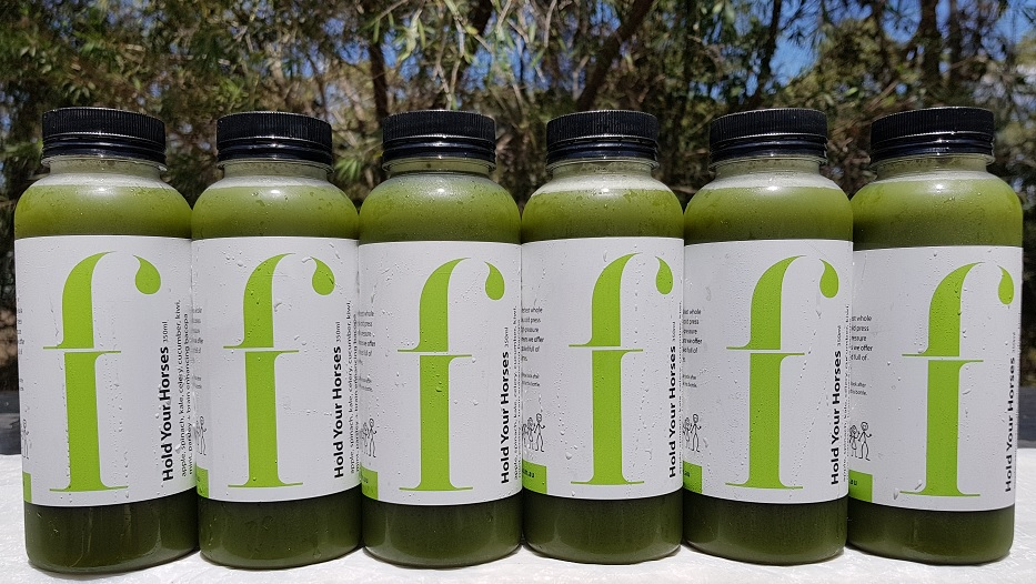 Hold Your Horses  Everyone loves a green juice, and this is the perfect entry level drink for new greenies. We combine leafy greens with apple to produce a smooth tasting and highly palatable experience.  *· Apple, Spinach, cucumber, celery, kale, kiwi, mint, parsley