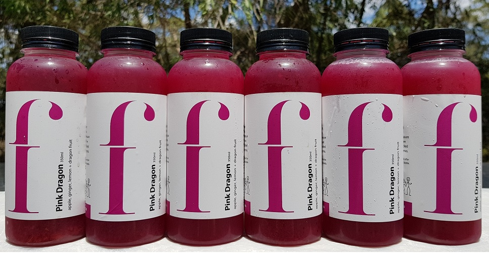 Pink Dragon –   Say hello to Dragon Fruit, the exotic purple fruit that is very rich in antioxidants. It pairs perfectly with apple and lemon, with just a hint of ginger. The colour is completely natural and this juice is fantastic at boosting blood flow.  * ·Apple, ginger, lemon, dragon fruit