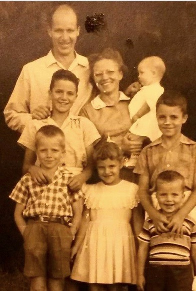 Carol and her whole family in Rwanda, Africa