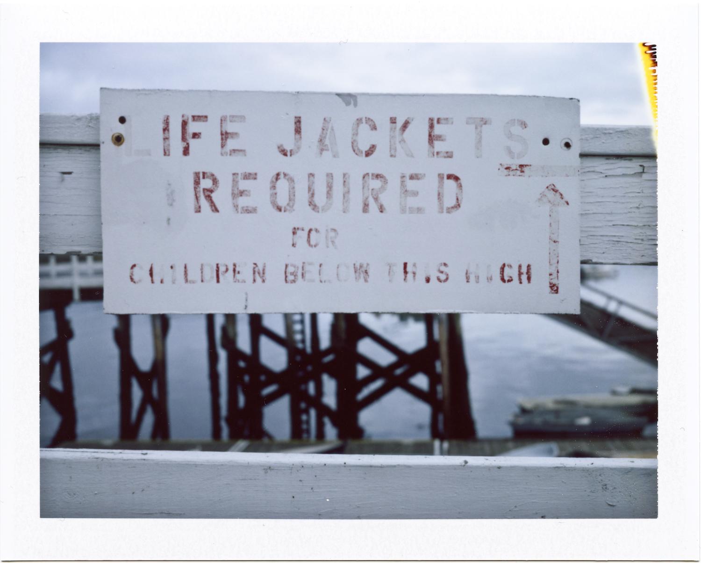 Life jacket sign-1.jpg