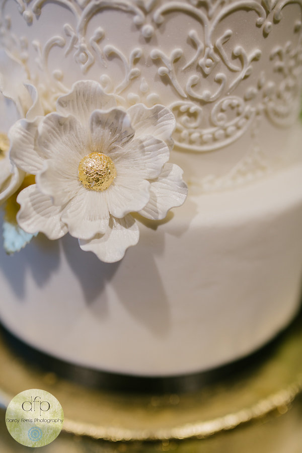 Puffy Muffin Wedding Cake - Locklane Weddings & Events, Nashville Planner