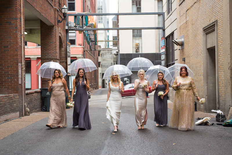 Rainy wedding in Printers Alley, Locklane Weddings & Events + Nashville, TN