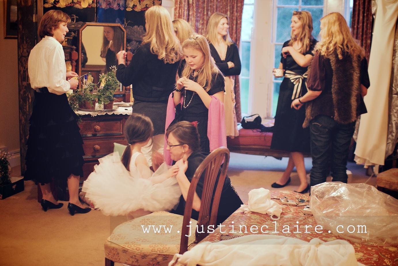 Chavenage House Wedding Photographers  0018.jpg