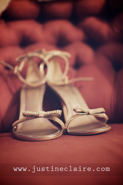 Chavenage House Wedding Photographers  0039.jpg