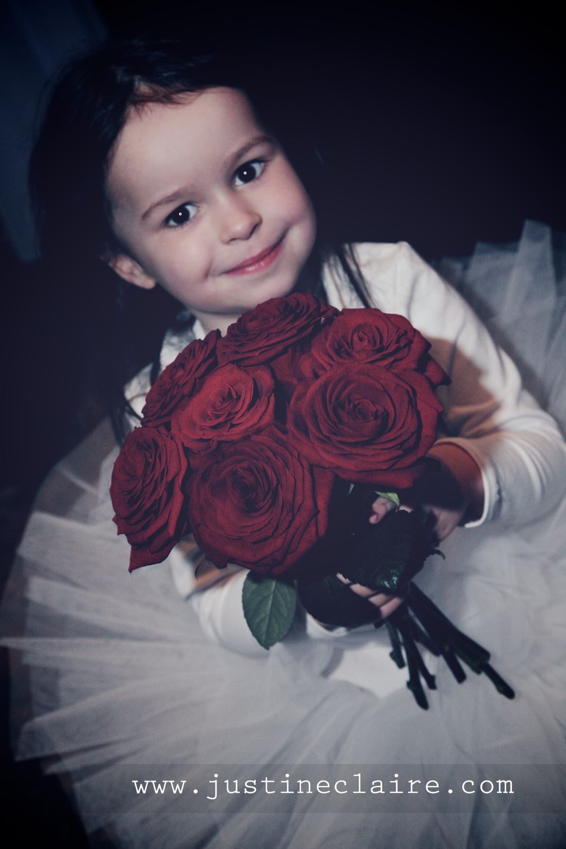 Chavenage House Wedding Photographers  0122.jpg