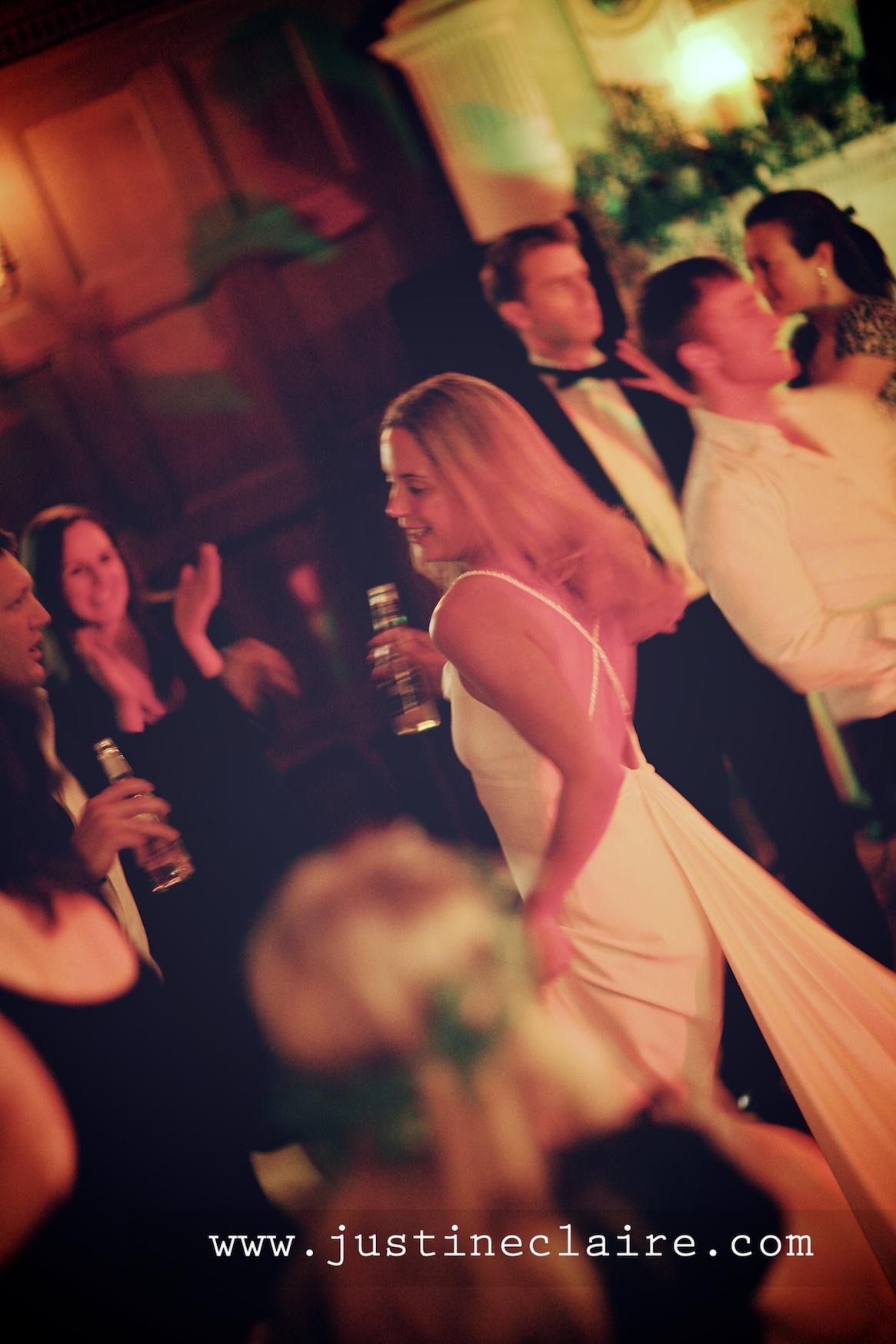 Chavenage House Wedding Photographers  0209.jpg