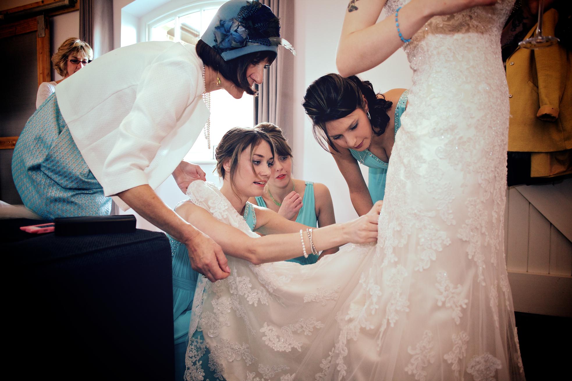 Southend Barn Wedding - Lucy Mark Photographers 1182.jpg