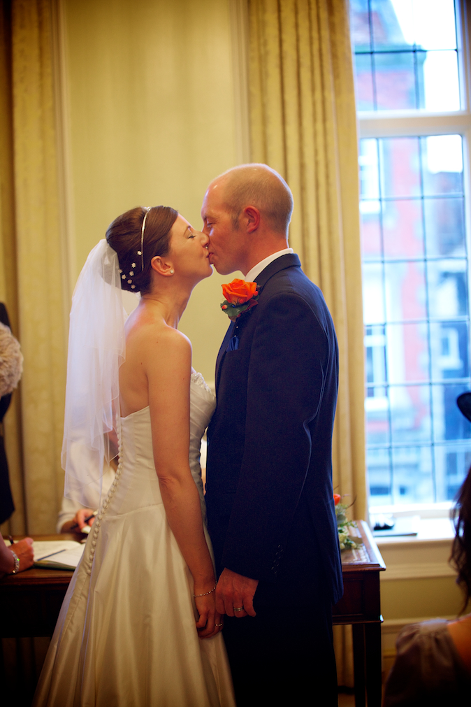 Edes House Wedding Photographers Justine Claire slideshow, Chichester Cathedral Wedding, 0124.jpg