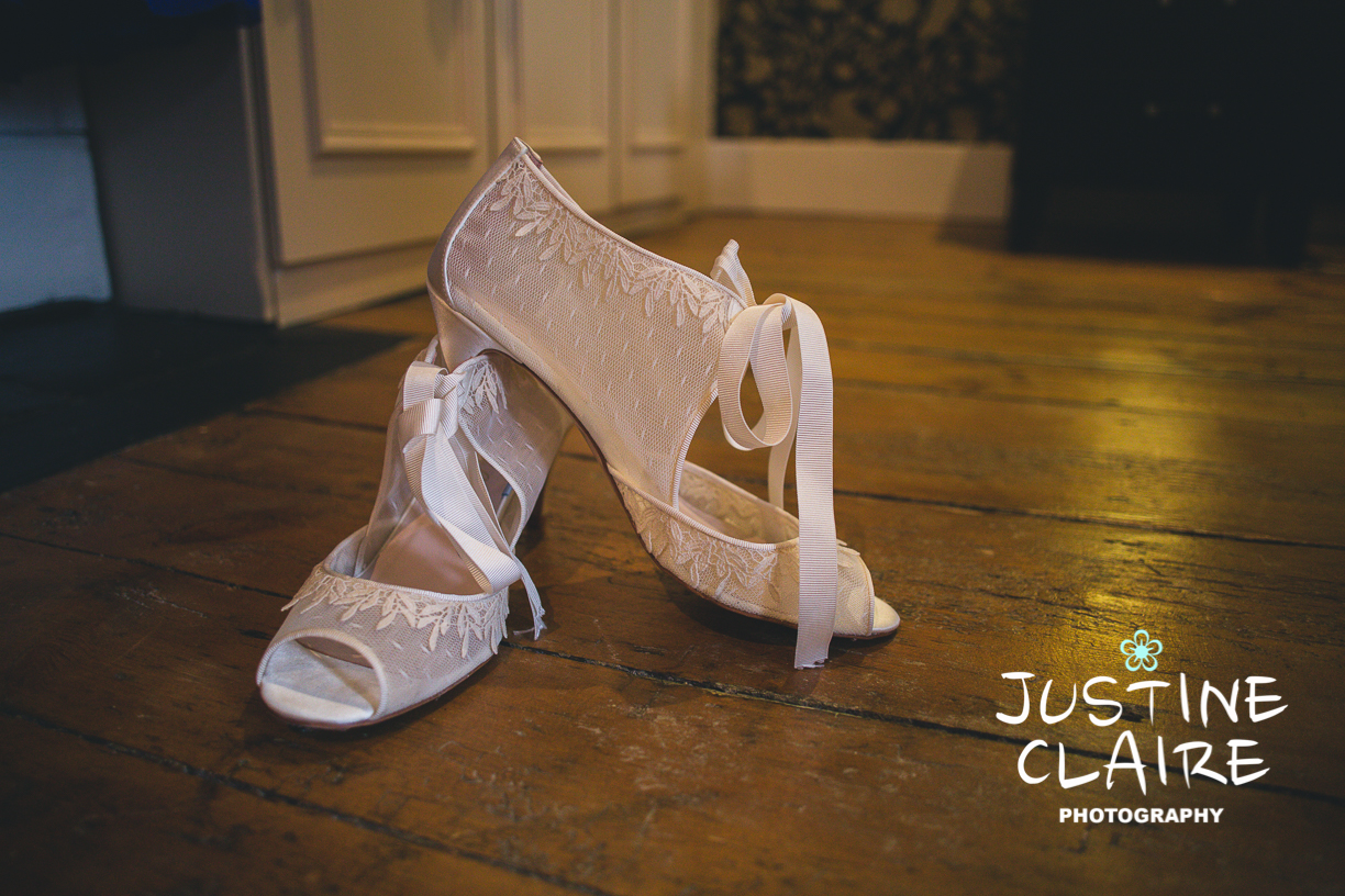 Hendall Manor Barns Wedding Photographers Justine Claire Photography Sussex14.jpg
