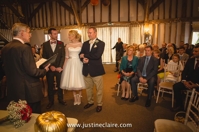 fitzleroi barn wedding photographers sussex best reportage photography-10.jpg