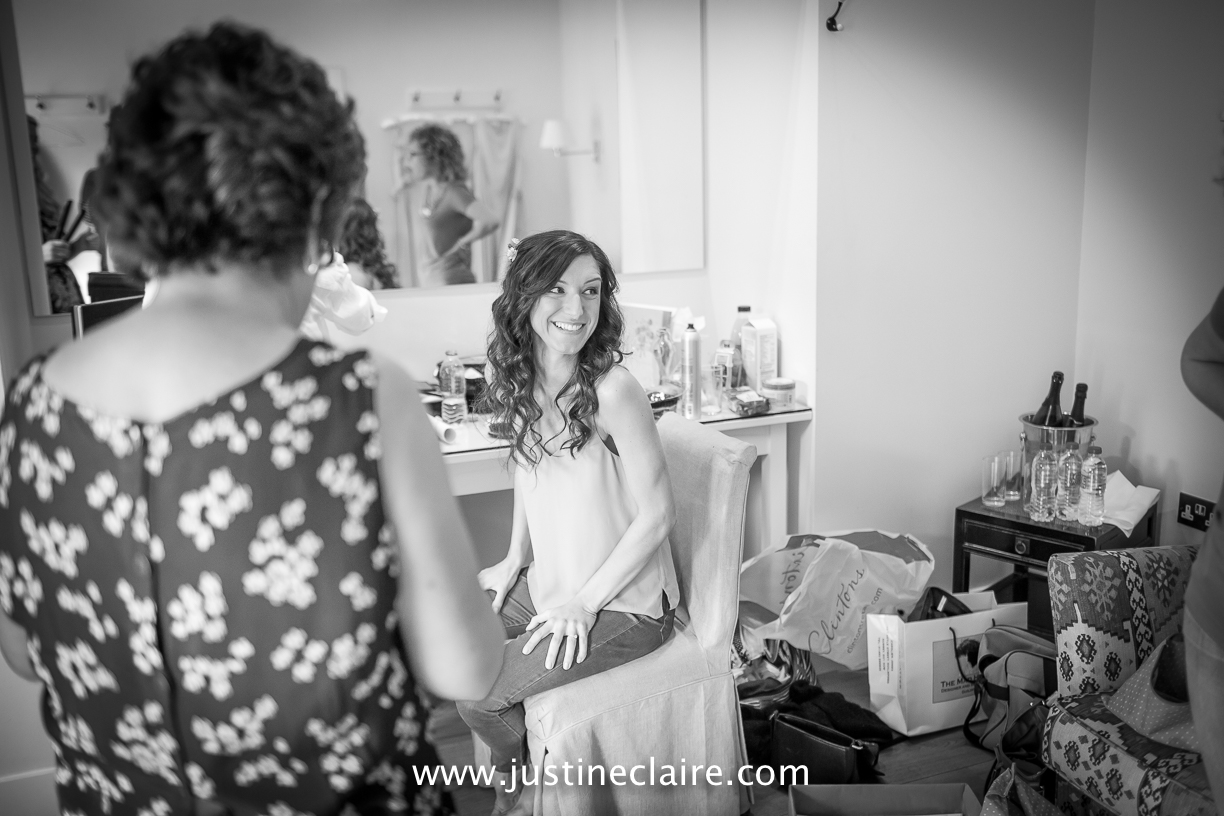 Farbridge Barn Wedding Photographers reportage-22.jpg