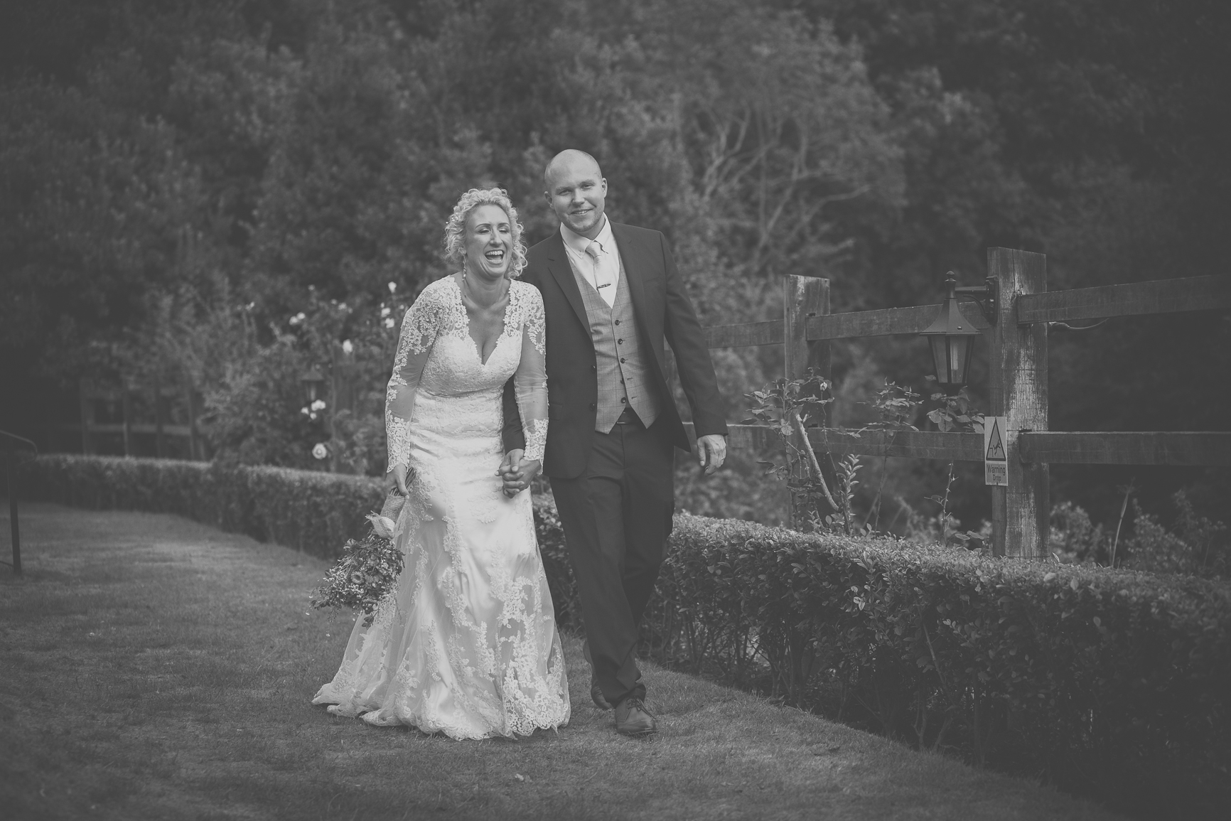 Eloise Jo Nutfield Priory wedding photography-627.jpg