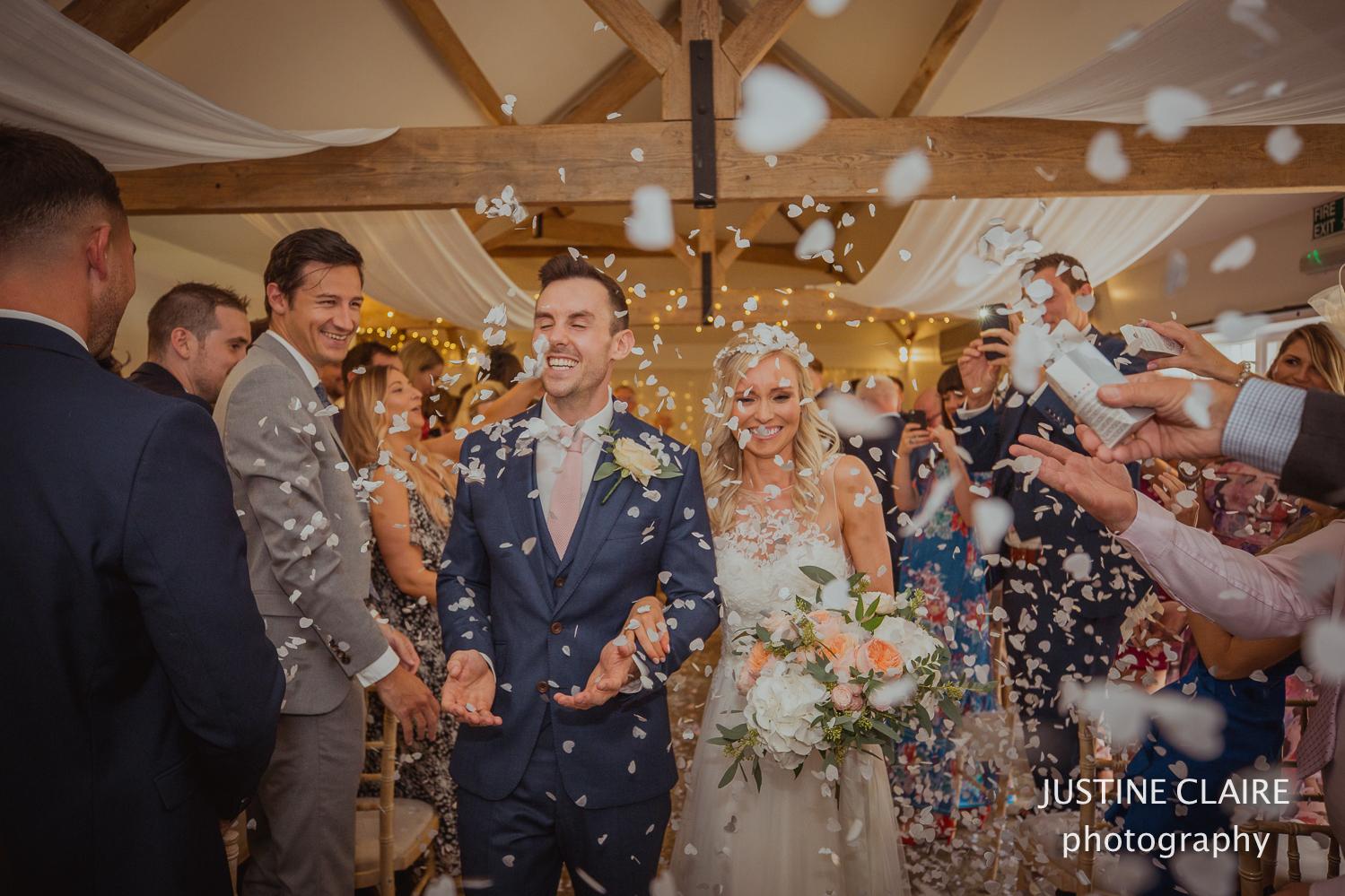 confetti wedding photographs at farbridge-3.jpg