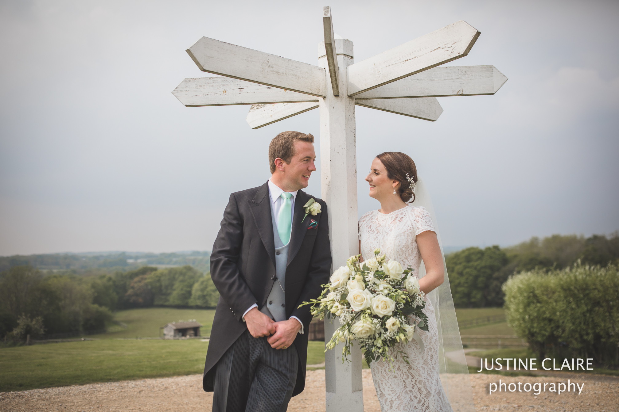 Blackstock Barn Buxted Church Uckfield wedding photographers east Sussex blackstock barn-6.jpg