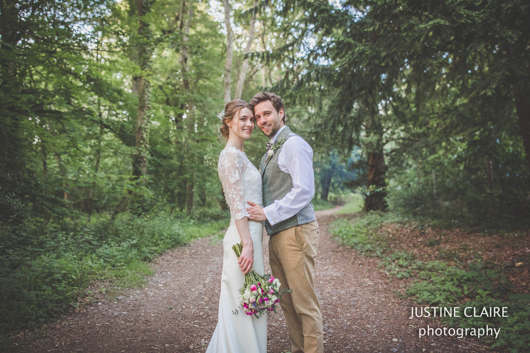 Slindon Cuckfield Wickwoods farm Land Rover Chichester wedding photographers and Slindon Marquee Tents'n'Events Arundel tipi-2.jpg