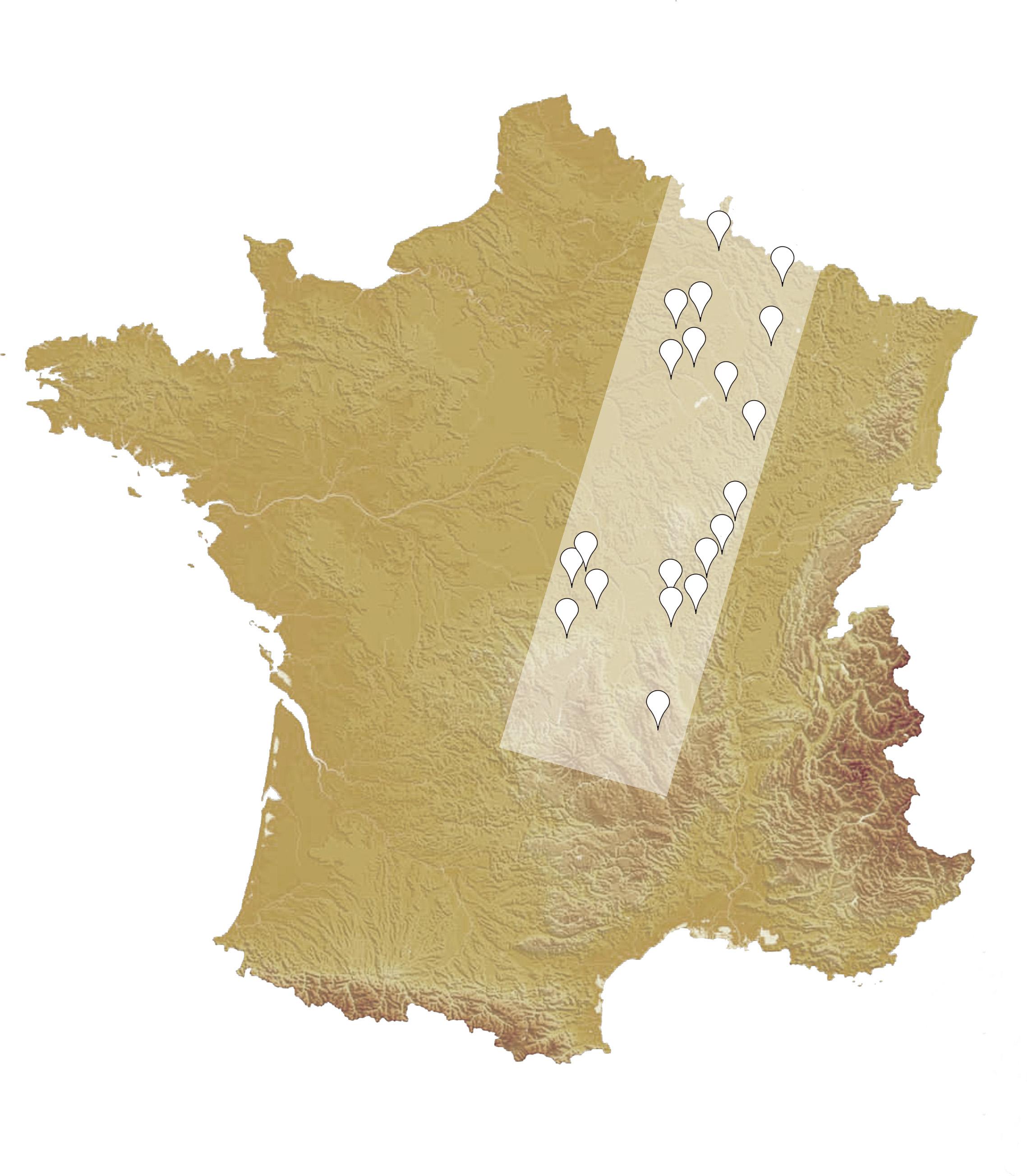 """Carte de la France et des lieux photographiés avec schématisation approximative de la """"Diagonale Aride""""."""