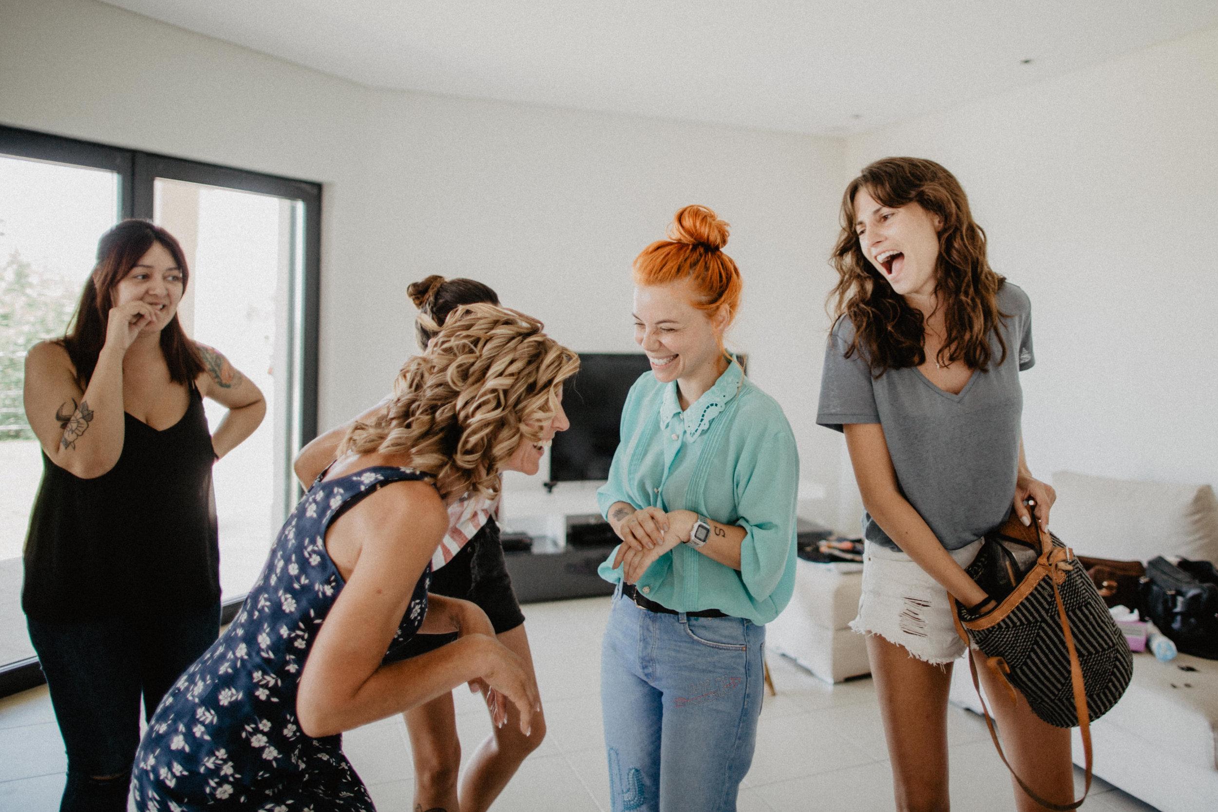 girls have fun wedding preparation