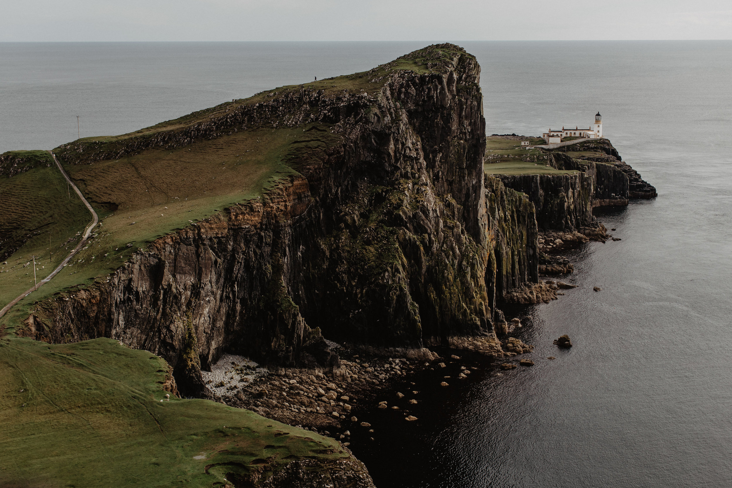Lapela-photography-Isle-of-Skye-elopement-BTS-36.jpg