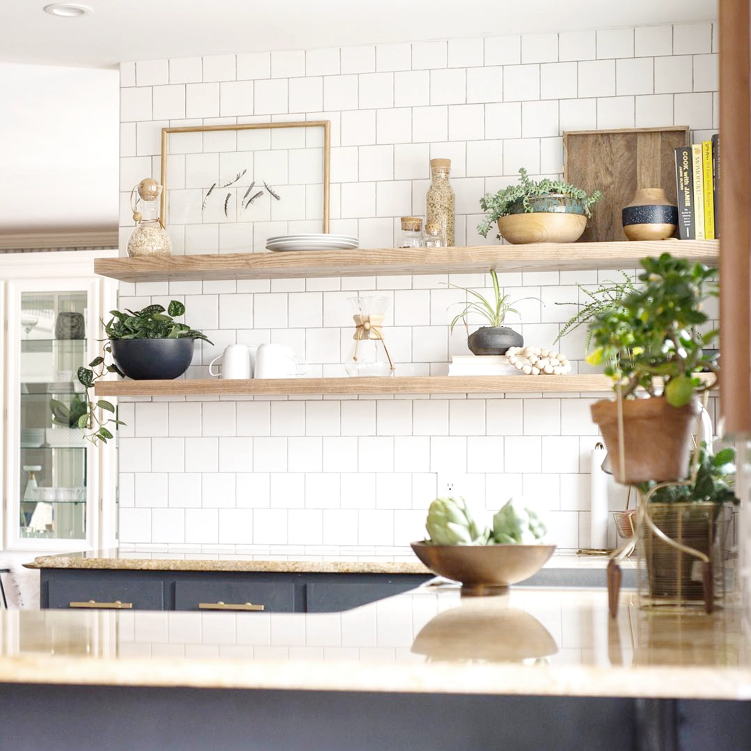 floating shelf_kitchen_3.png
