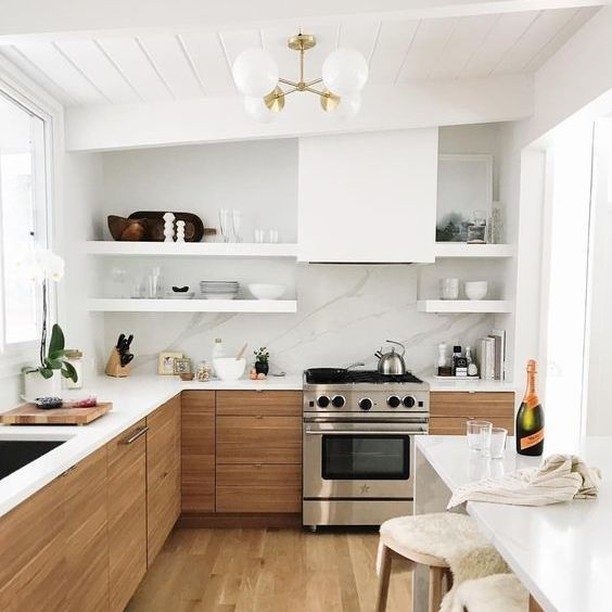Can you tell me who owns this awesome kitchen?! . . #openshelving #radshelfie #shelfbrackets #shelfie #shelves #floatingshelves #openshelves #floating #floatinghardware #customshelves #finditstyleit #cleandesign #shelvesdesign #woodshelves #kitchenshelves #loveyourhabitat #interiordesign #homeimprovement #kitchensofinstagram #roomhints #kitchendetails #radshelves #strongfloatingshelves #kitchendesign #heavyduty #beautifulhomes #kitchendecor #kitchenrenovation #kitchenshelfie