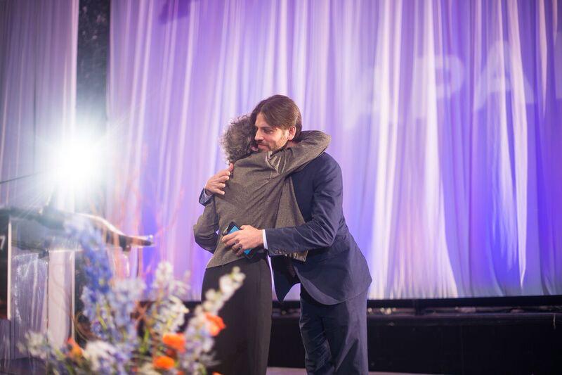 NAPAMA_APAP 2017_Awards_Hug.jpg