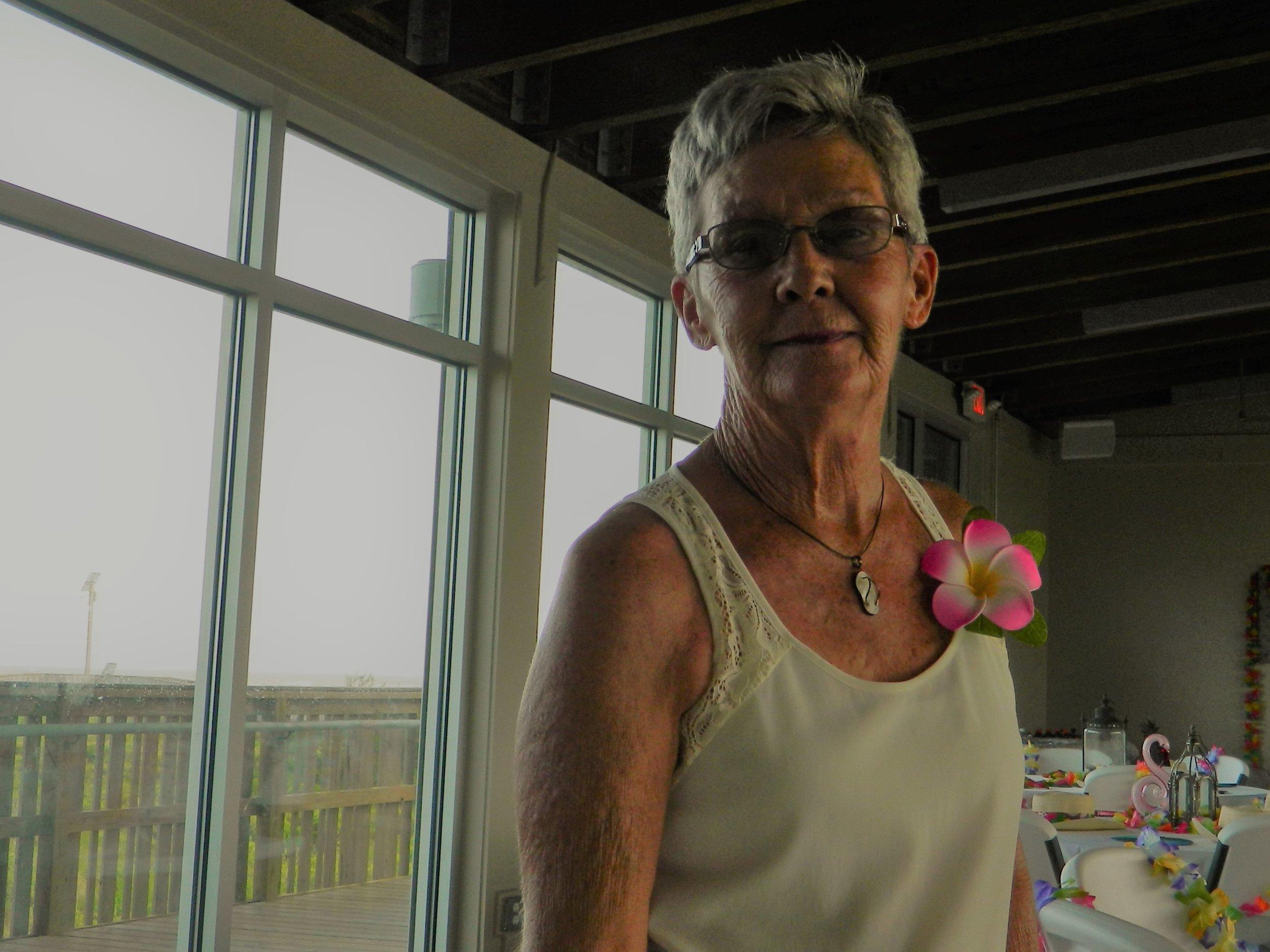 Another Quintana beauty, councilwoman Debbie Alongis