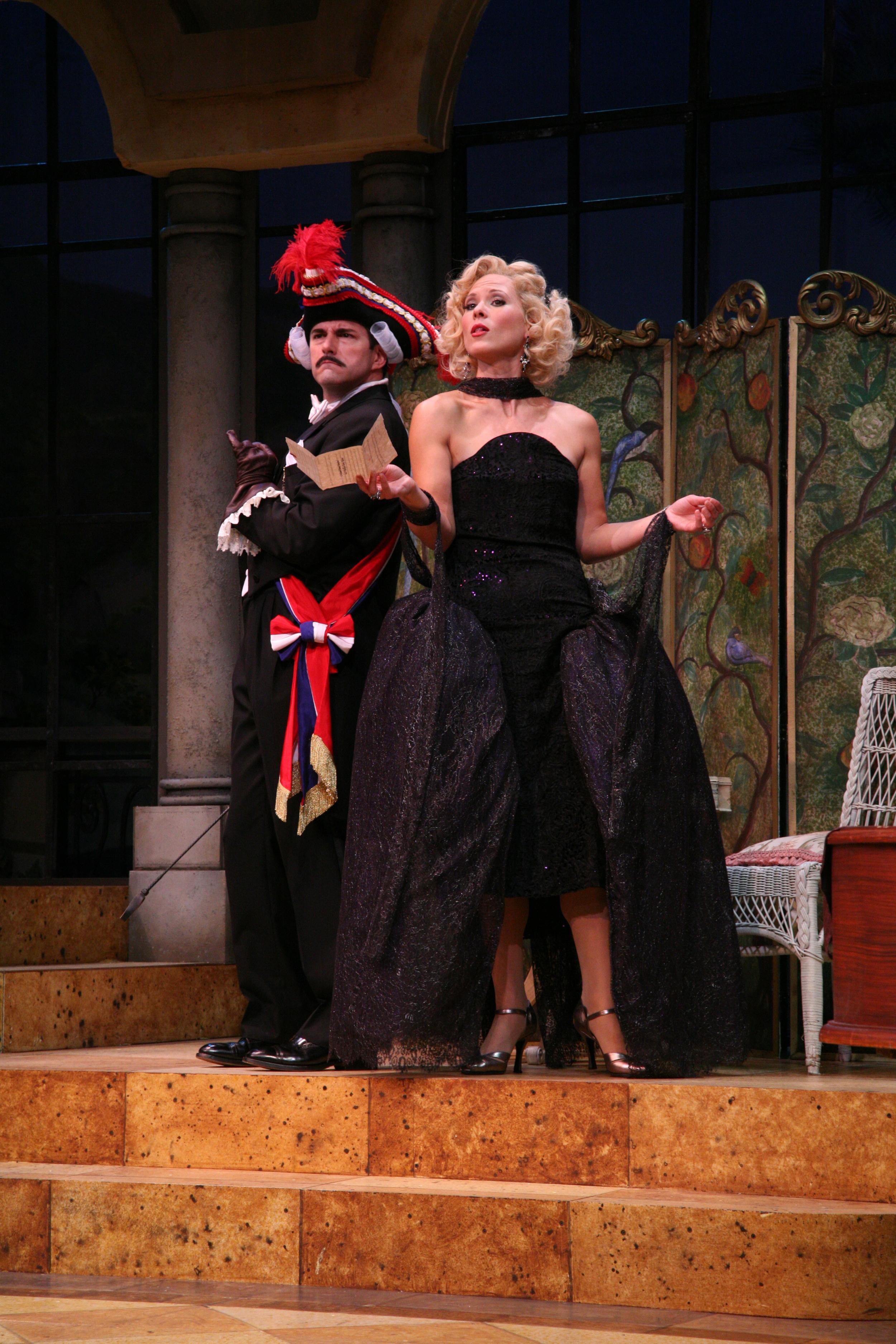 The Play's The Thing - Almady (Rob Gomes), Ilona (Caralyn Kozlowski).jpg