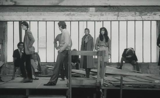 DÉTRUISSEZ-VOUS  (1968)