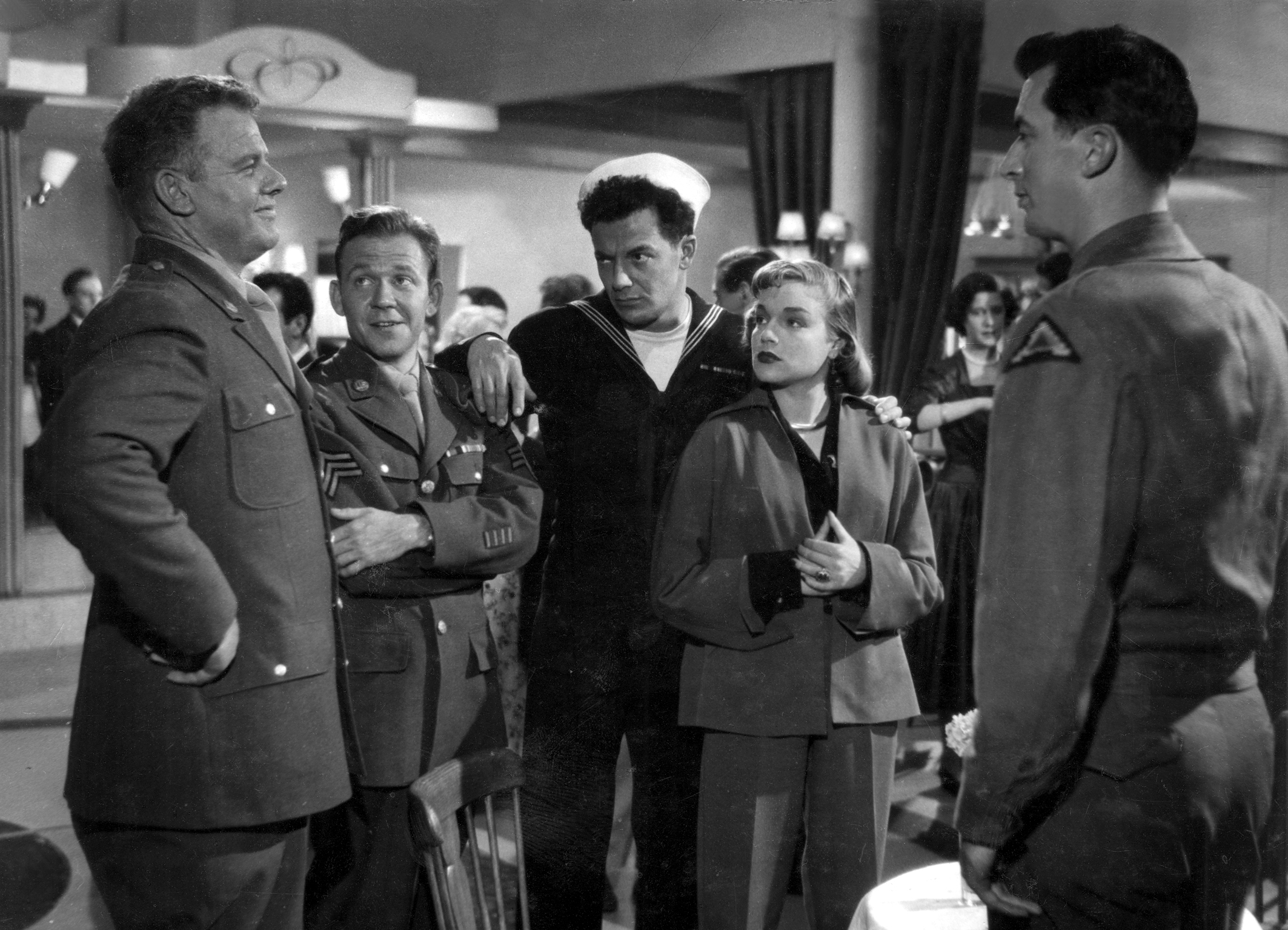 CORNEL WILDE AND SIMONE SIGNORET (CENTER)