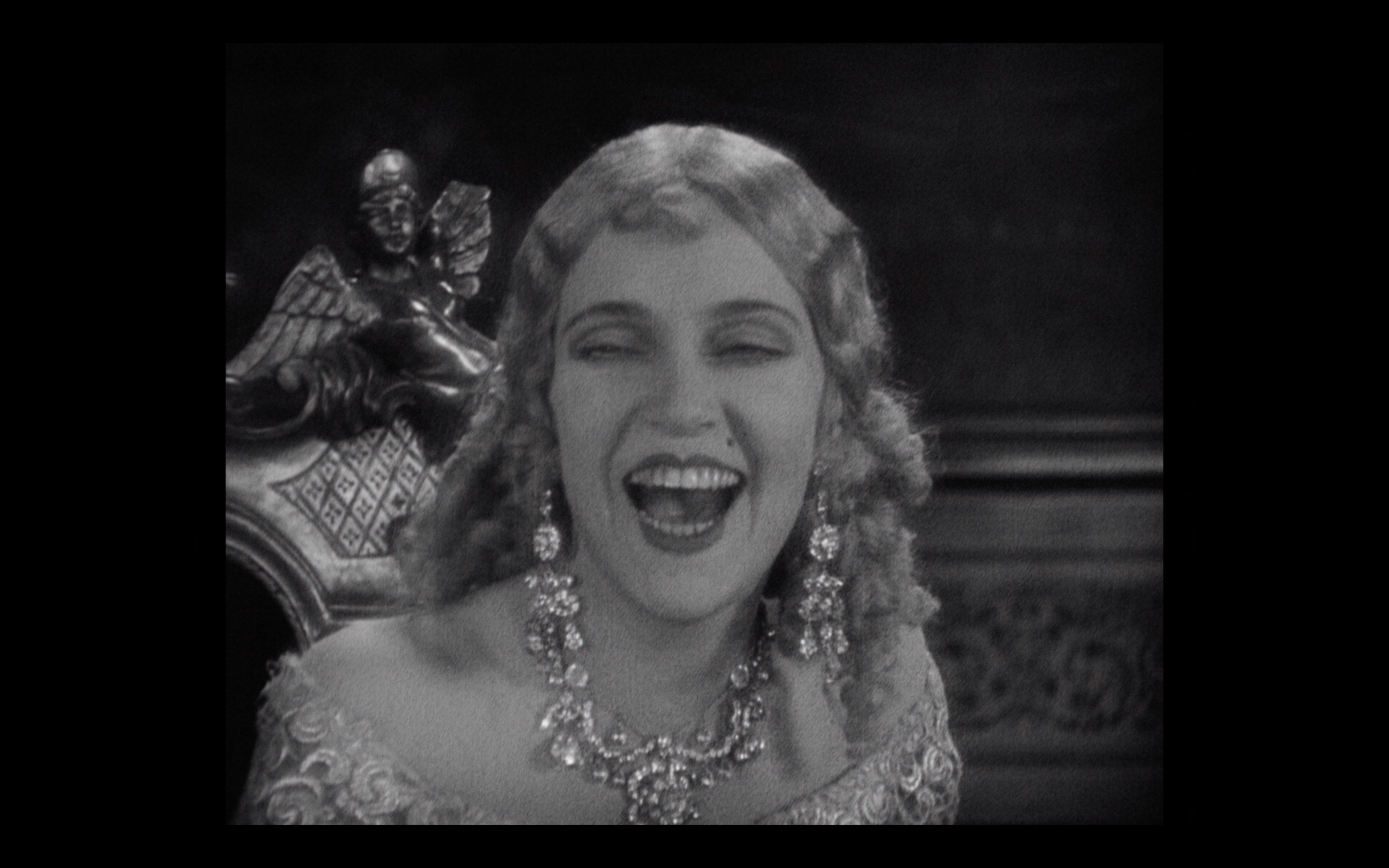 THE MAN WHO LAUGHS06.png