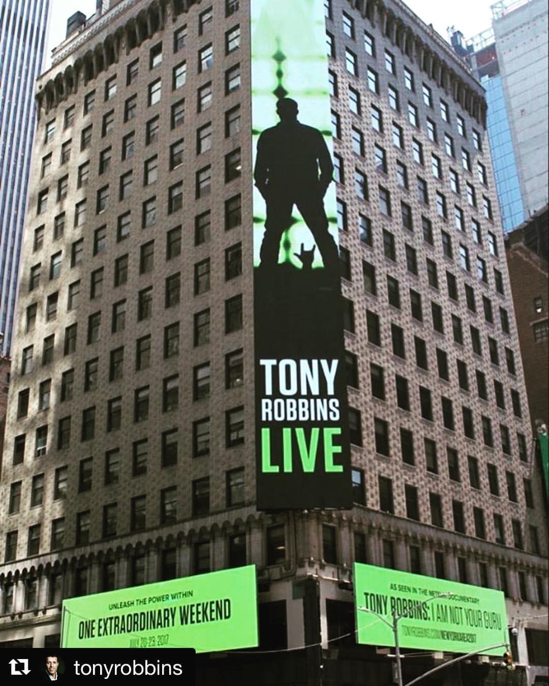 LindseyBest TonyRobbins
